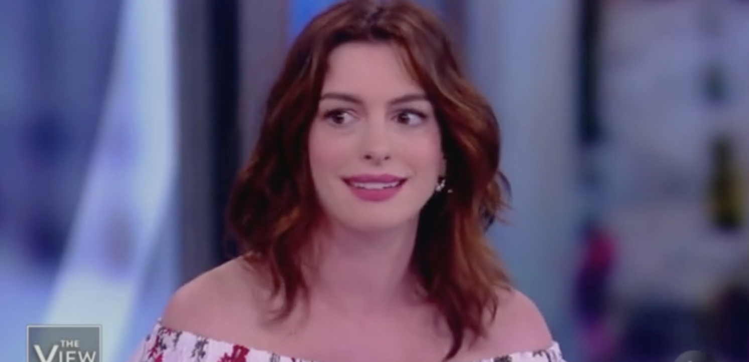 Anne Hathaway Says Female Con Artists Are Better Than Males Because Of 'Wage Gap'