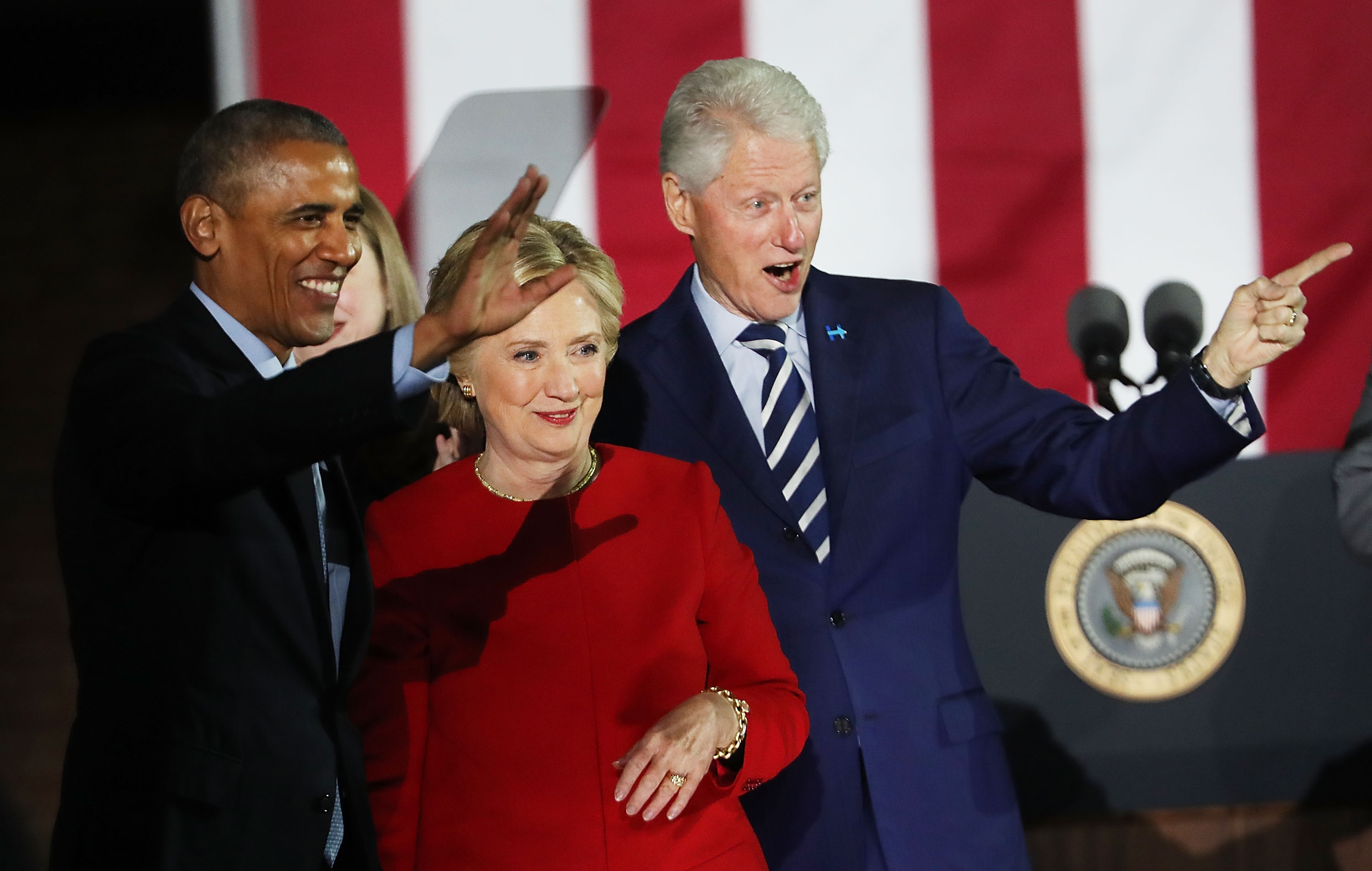 Hillary Clinton stands with President Barack Obama and former President Bill Clinton during an election eve rally on November 7, 2016 in Philadelphia, Pennsylvania. As the historic race for the presidency of the United States comes to a conclusion, both Clinton and her rival Donald Trump are making their last appearances before voting begins tomorrow. (Photo by Spencer Platt/Getty Images)