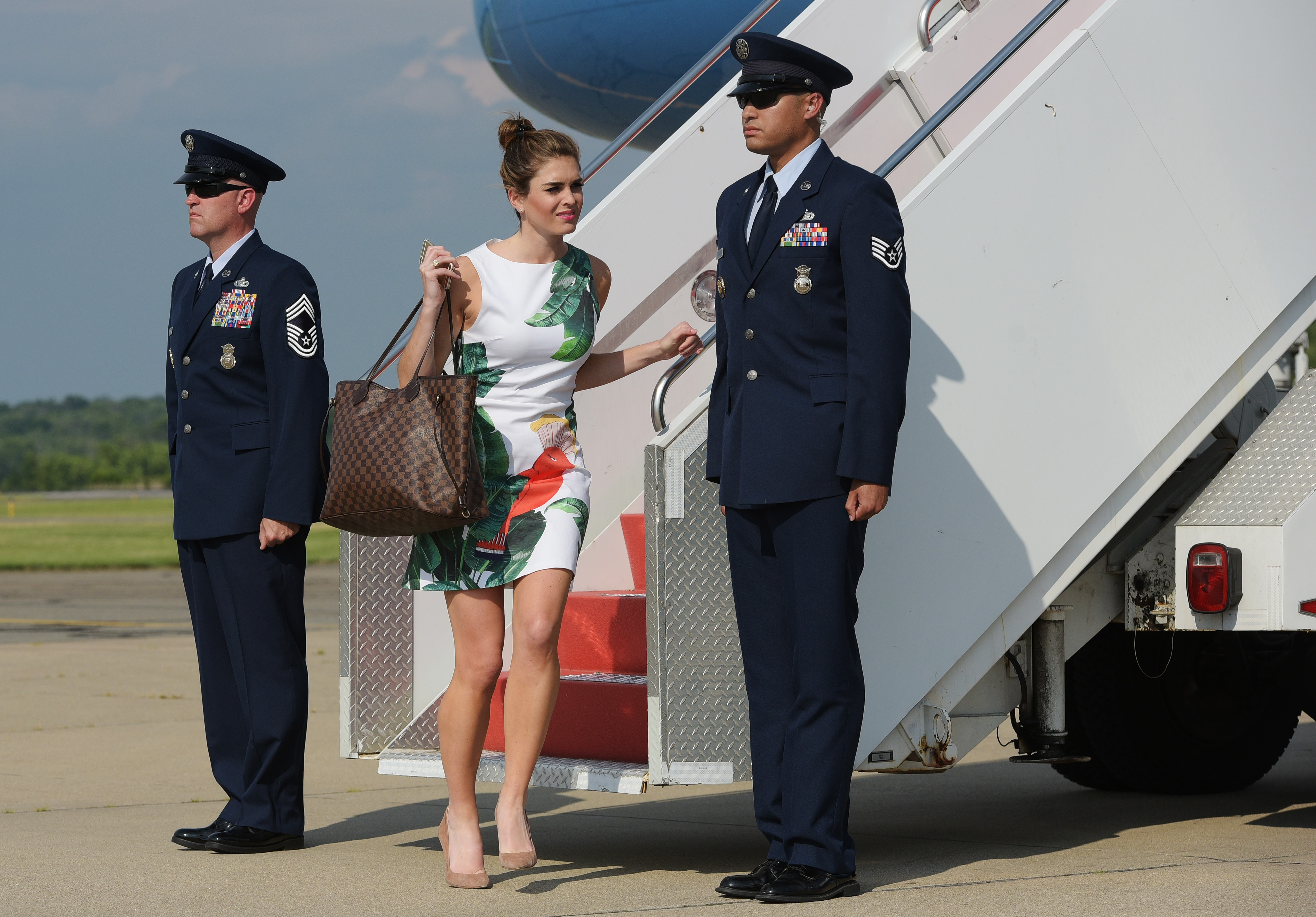 Hope Hicks steps off off Air Force One upon arrival in Morristown, New Jersey on June 30, 2017. (Mandel Ngan/AFP/Getty Images)