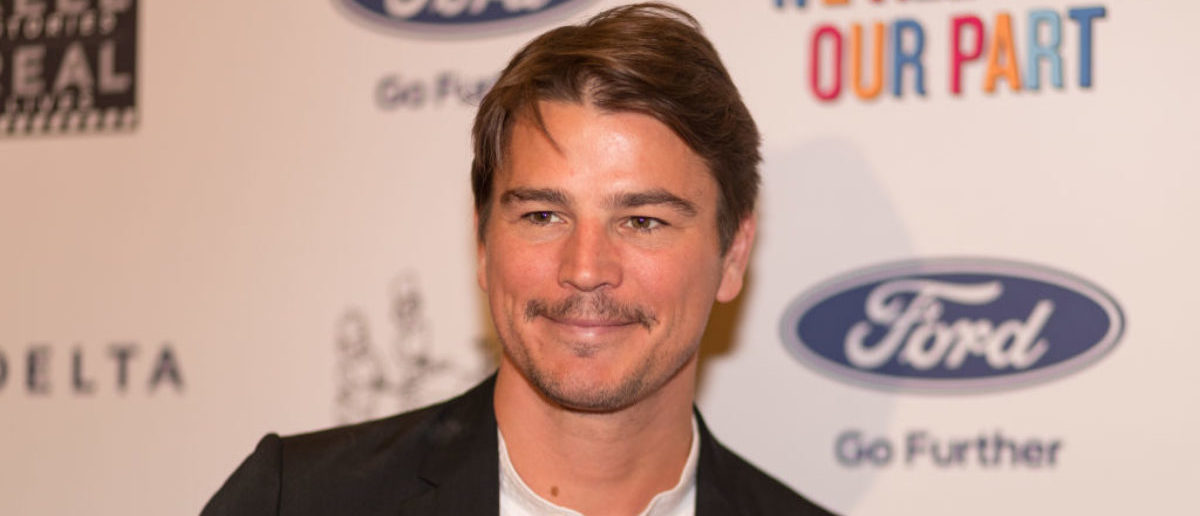 HOLLYWOOD, CA - NOVEMBER 02: Actor Josh Hartnett arrives for the 6th Annual 'Reel Stories, Real Lives' event benefiting the MPTF (Motion Picture & Television Fund) on November 2, 2017 in Los Angeles, California. (Photo by Christopher Polk/Getty Images)