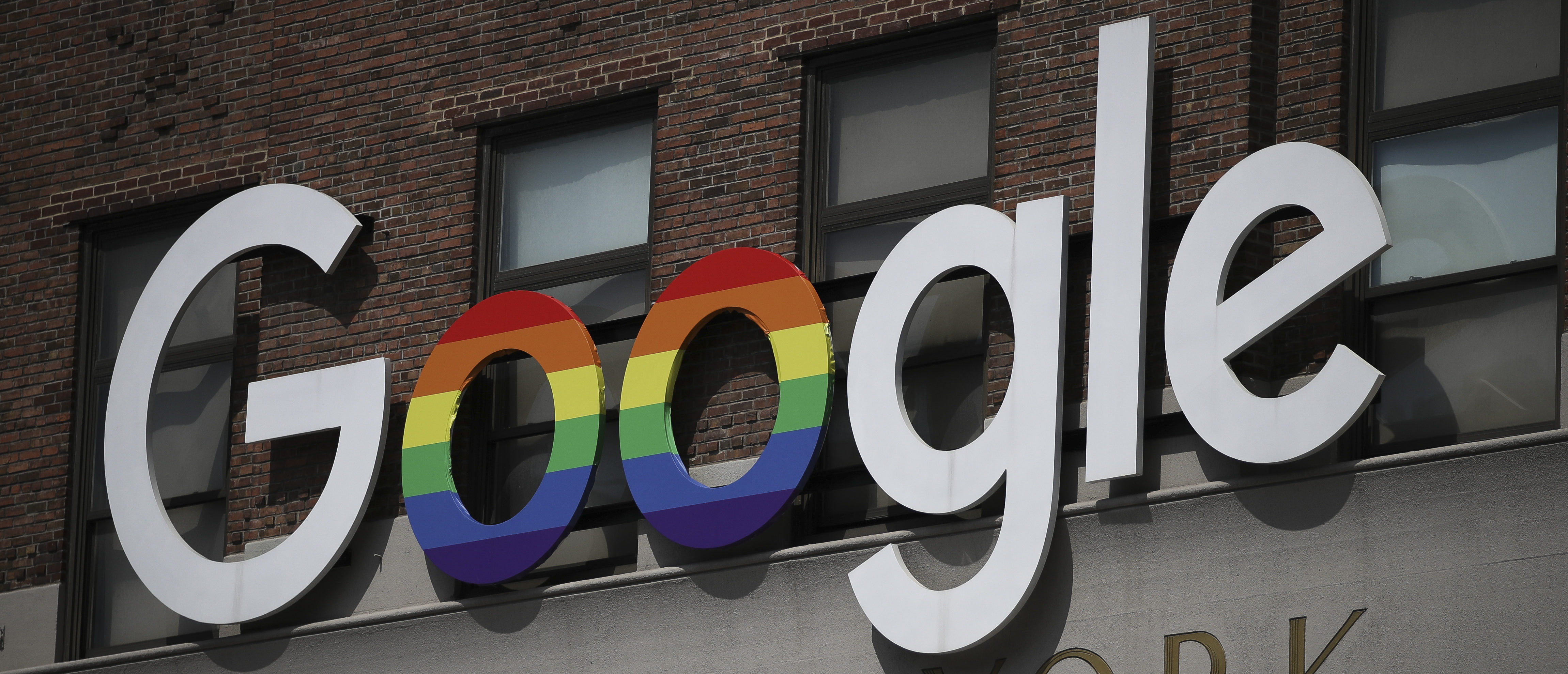 The Google logo adorns the outside of their NYC office Google Building (Drew Angerer/Getty Images)