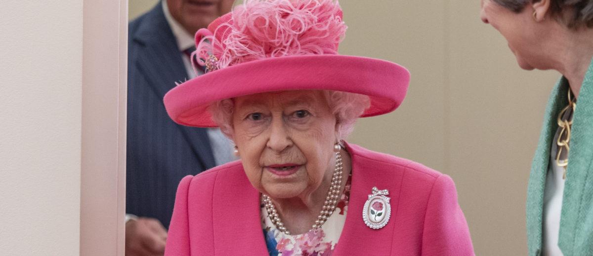 The Queen's Twitter Account Makes Major Error When