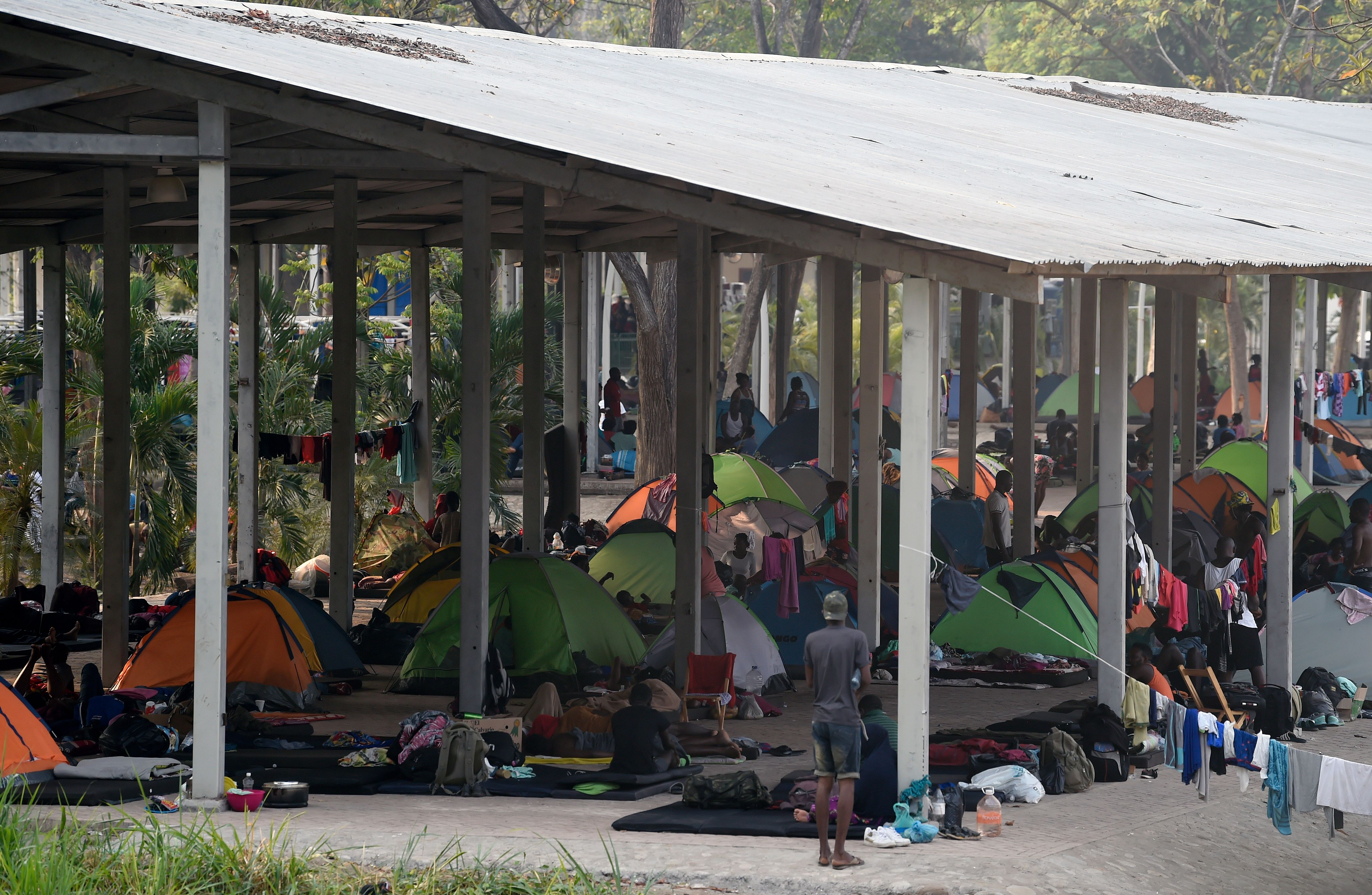 View of 'Feria Mesoamericana' park used as shelter by migrants from Africa, India and Haiti in Tapachula, Chiapas, southern Mexico, on April 28, 2019. - Traveling through Mexico has become even more difficult for migrants due to tighter immigration rules and a local population reluctant to give them shelter or support as they move toward the United States to try to improve their lives. (Photo by ALFREDO ESTRELLA / AFP) (Photo credit should read ALFREDO ESTRELLA/AFP/Getty Images)