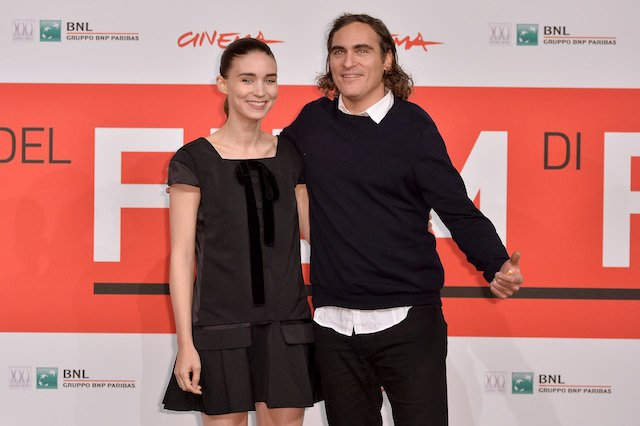 Actors Rooney Mara and Joaquin Phoenix attend the 'Her' Photocall during the 8th Rome Film Festival at the Auditorium Parco Della Musica on November 10, 2013 in Rome, Italy. (Photo by Tullio M. Puglia/Getty Images)