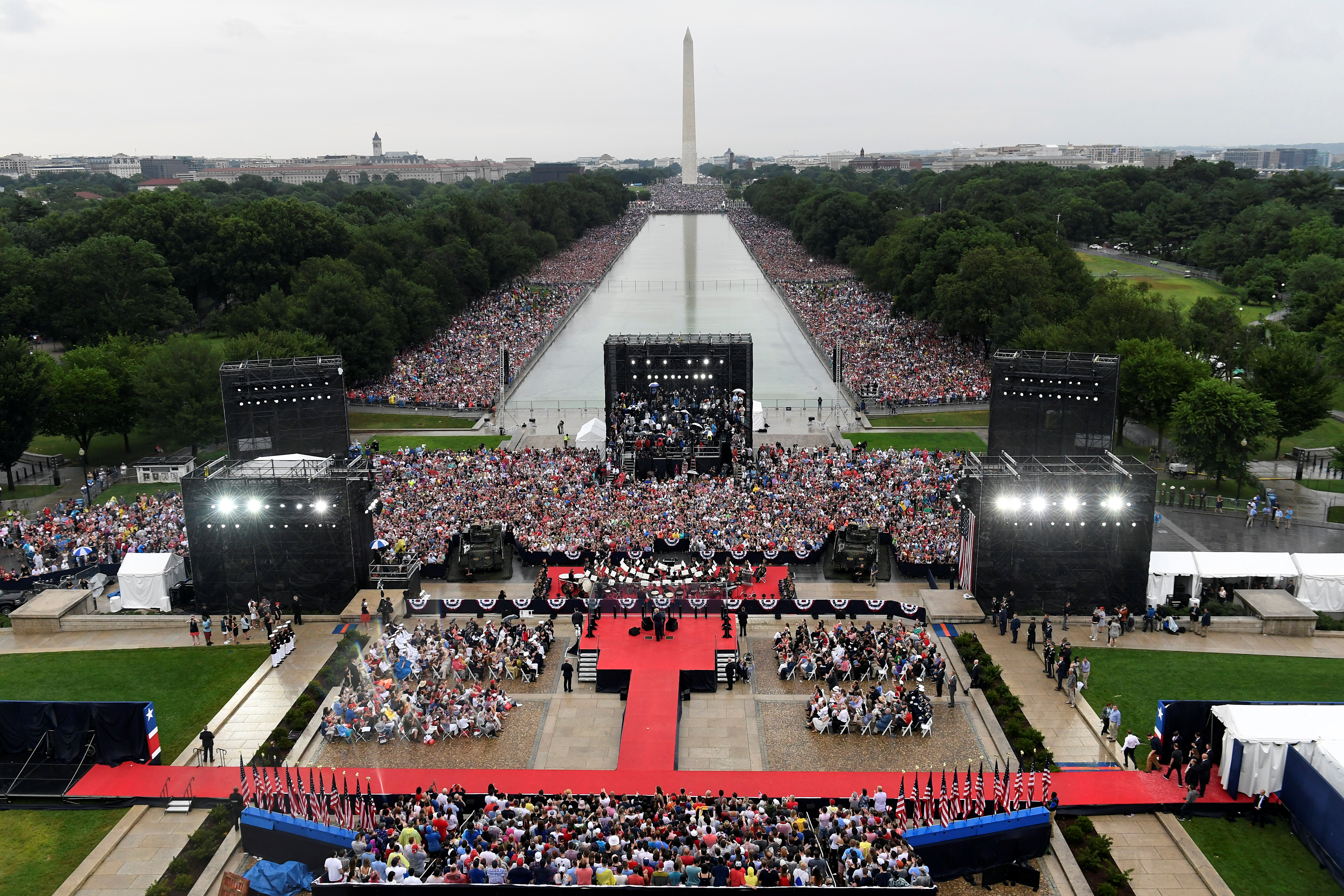 President Donald Trump speaks during an Independence Day celebration in front of the Lincoln Memorial in Washington, U.S., July 4, 2019. (Susan Walsh/Pool via REUTERS)