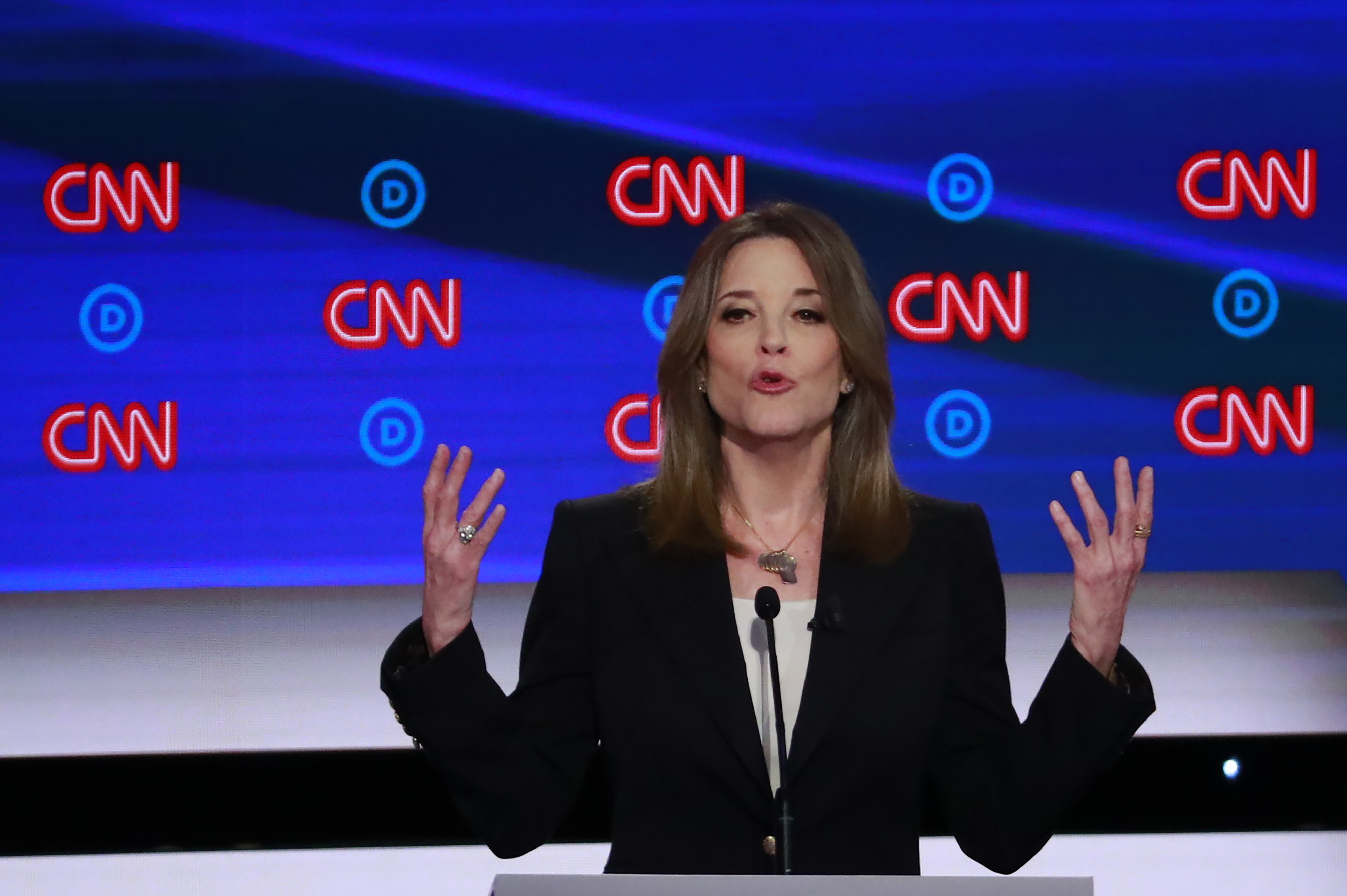 Candidate author Marianne Williamson gestures during the first night of the second 2020 Democratic U.S. presidential debate in Detroit, Michigan, July 30, 2019. (Photo: REUTERS/Lucas Jackson)