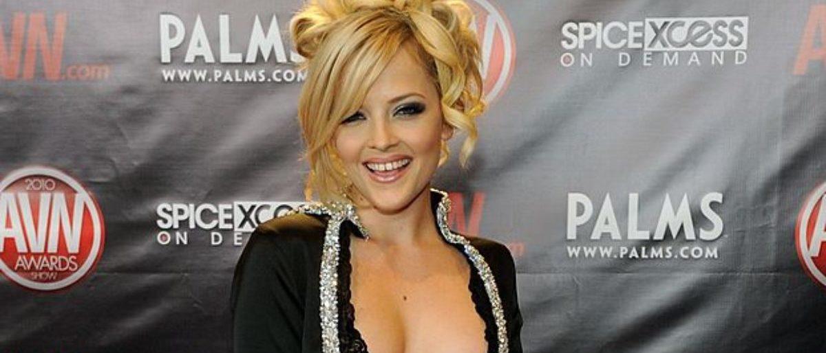 Porn Star Alexis Texas Thinks Texas State Will Beat Texas -1216