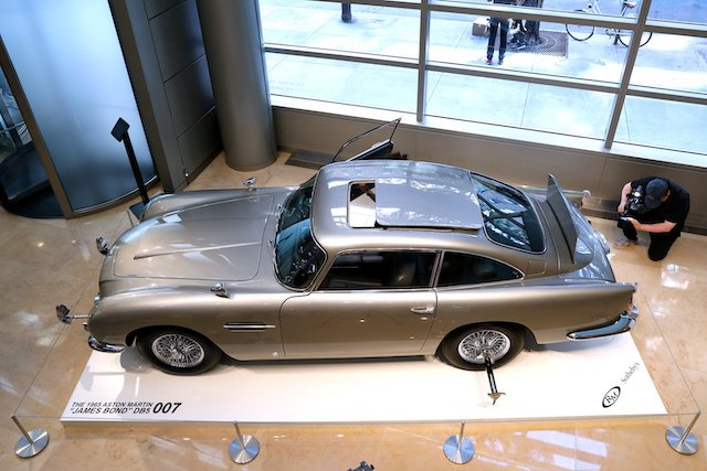 A James Bond 1965 Aston Martin DB5 coupe is displayed at Sotheby's auction house in New York, U.S., July 26, 2019. REUTERS/Brendan McDermid