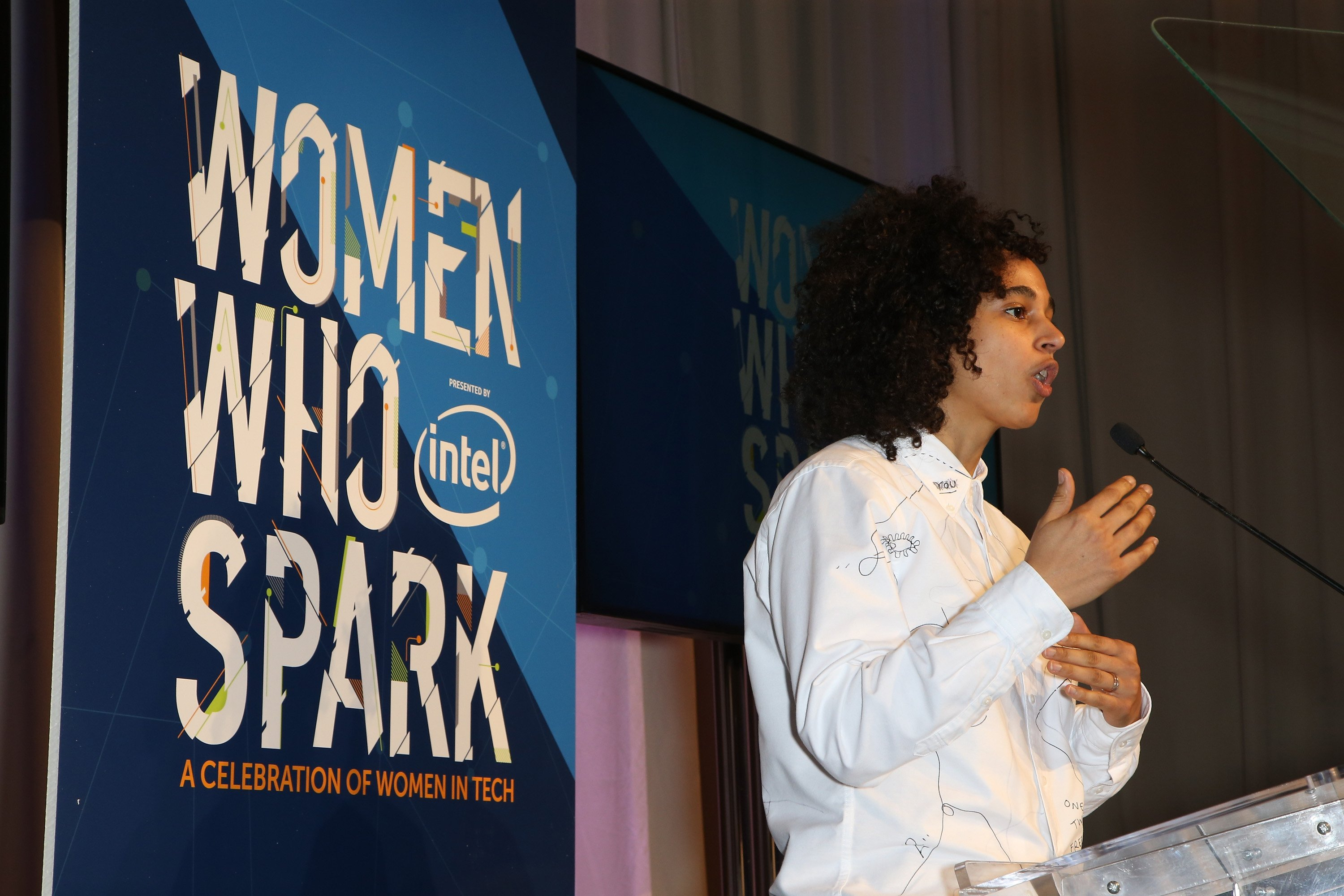 Honoree Shantell Martin speaks during the Women Who Spark Awards presented by Intel on January 7, 2016 in Las Vegas, Nevada. (Photo by Gabe Ginsberg/Getty Images for ESSENCE)
