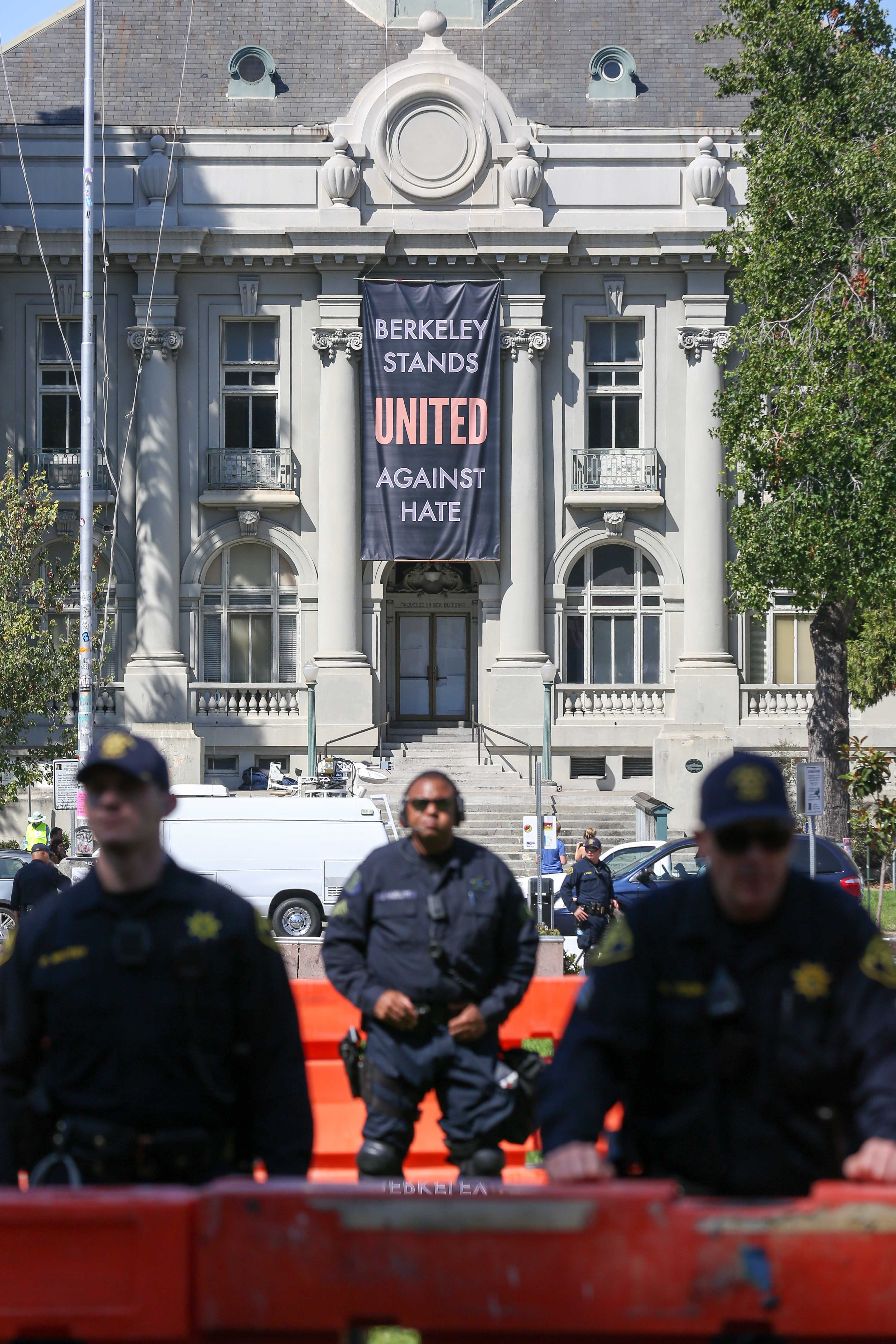 Riot police blockade the park and streets during a No-To-Marxism rally on August 27, 2017 at Martin Luther King Jr. Park in Berkeley, California. (AMY OSBORNE/AFP/Getty Images)