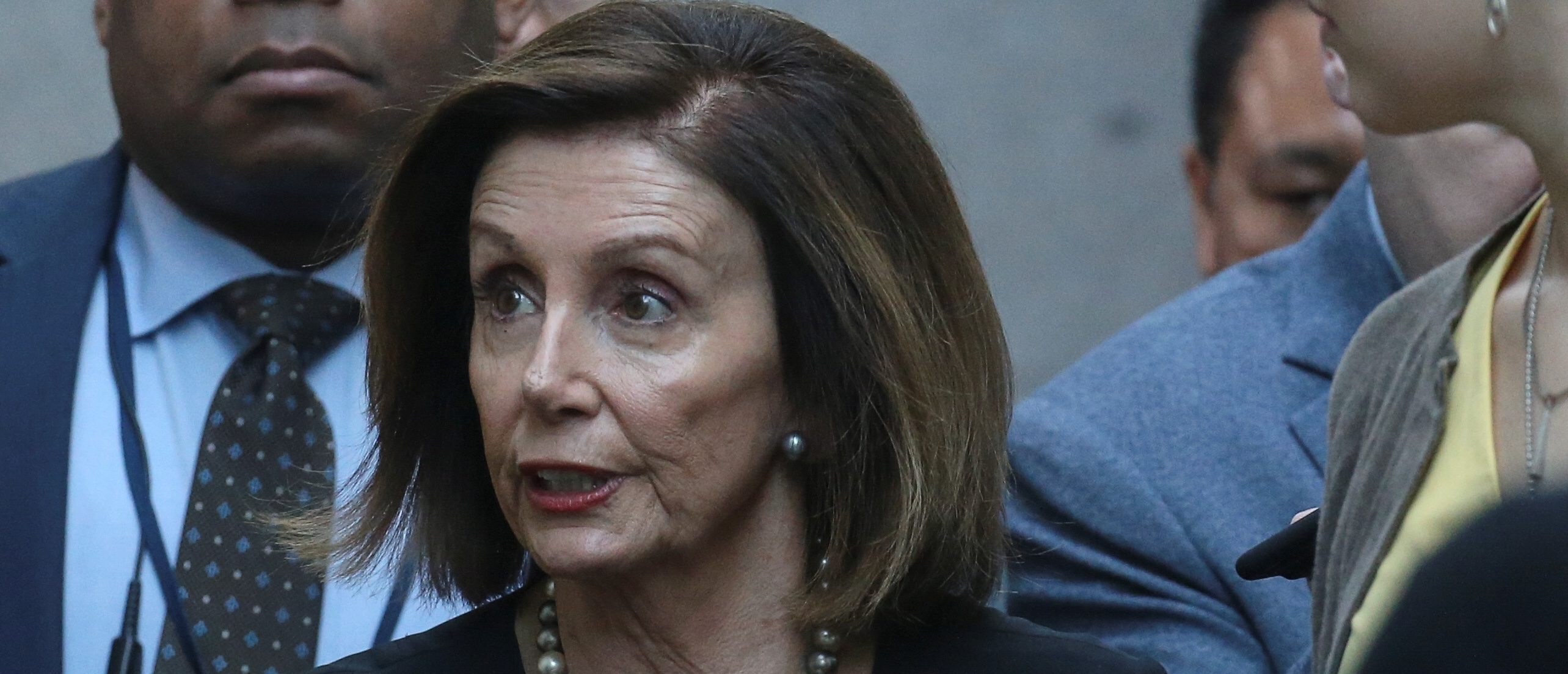 U.S. House Speaker Nancy Pelosi (D-CA) speaks to reporters as she arrives for a meeting at the U.S. Capitol in Washington, U.S., September 25, 2019. REUTERS/Leah Millis