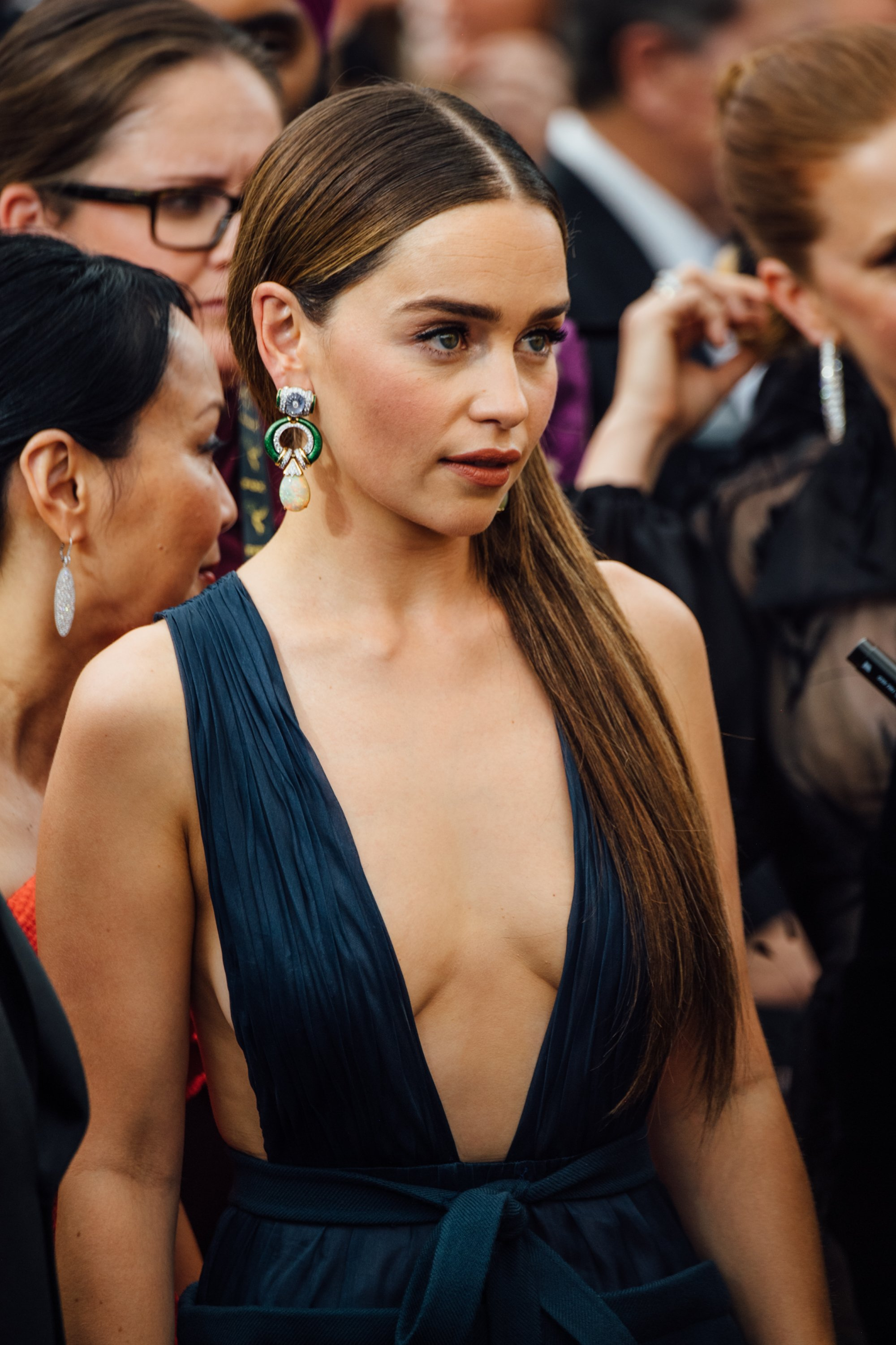 Emilia Clarke arrives at the 71st Emmy Awards at Microsoft Theater on September 22, 2019 in Los Angeles, California. (Photo by Emma McIntyre/Getty Images)