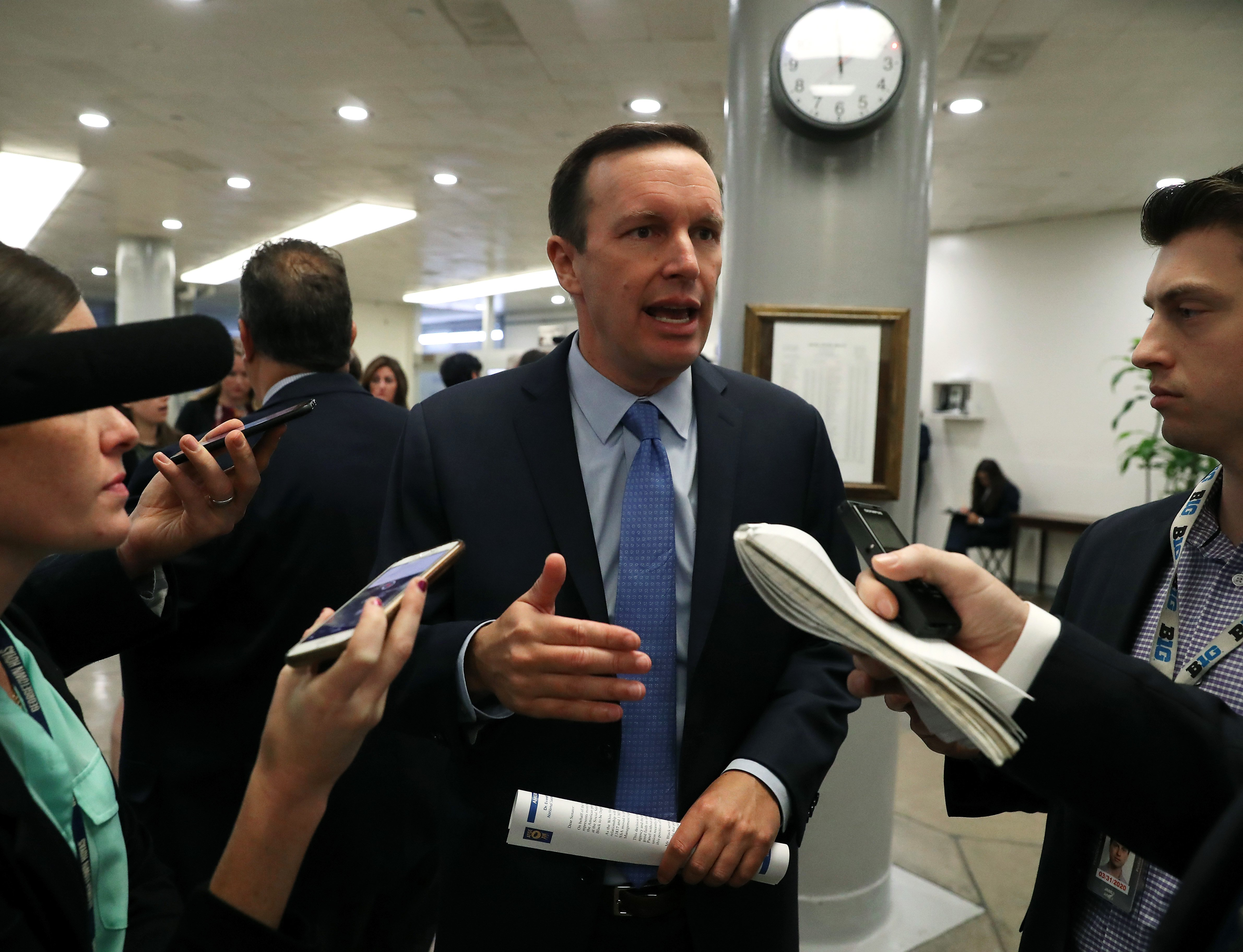 WASHINGTON, DC - SEPTEMBER 24: U.S. Sen. Chris Murphy (D-CT) talks to reporters ahead of a vote before attending the weekly Senate Democrat policy luncheon on Capitol Hill September 24, 2019 in Washington, DC. (Photo by Mark Wilson/Getty Images)