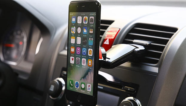 Access Your Phone On The Road Safely With These Car Mounts