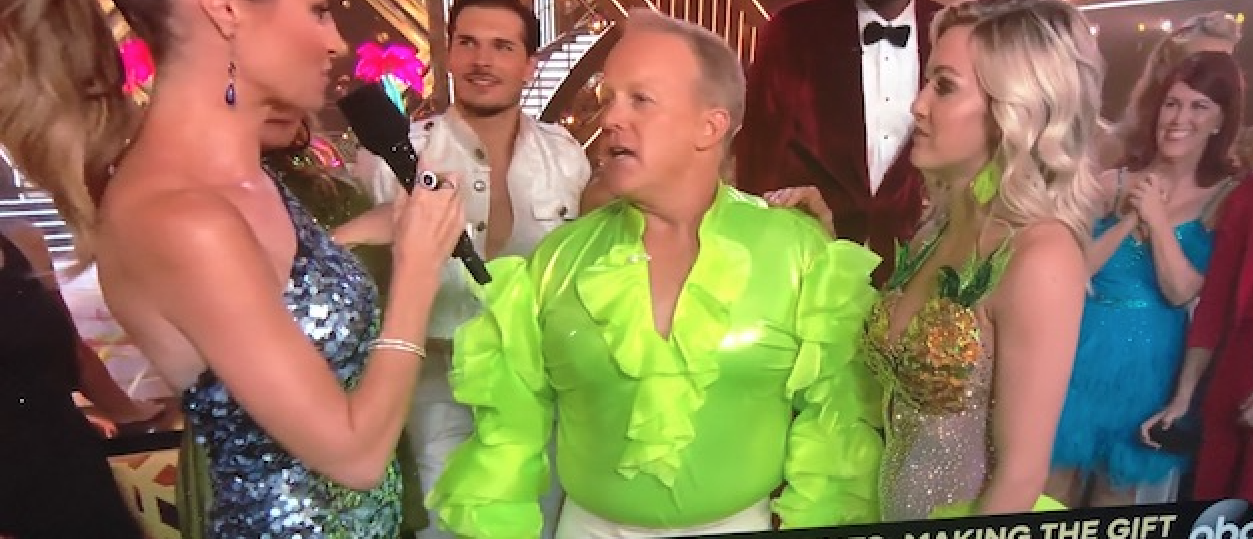 Sean Spicer Debuts On 'DWTS' In Fluorescent Puffy Shirt