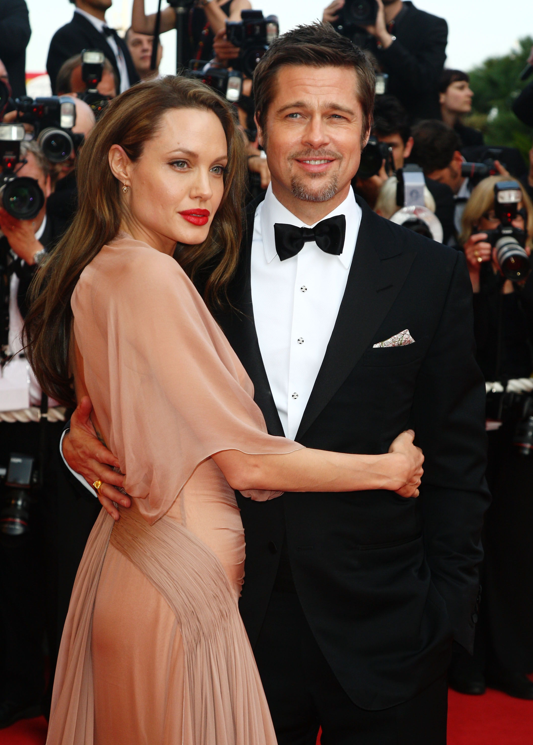 Actors Brad Pitt and Angelina Jolie attend the Inglourious Basterds Premiere held at the Palais Des Festivals during the 62nd International Cannes Film Festival on May 20th, 2009 in Cannes, France. (Photo by Gareth Cattermole/Getty Images)
