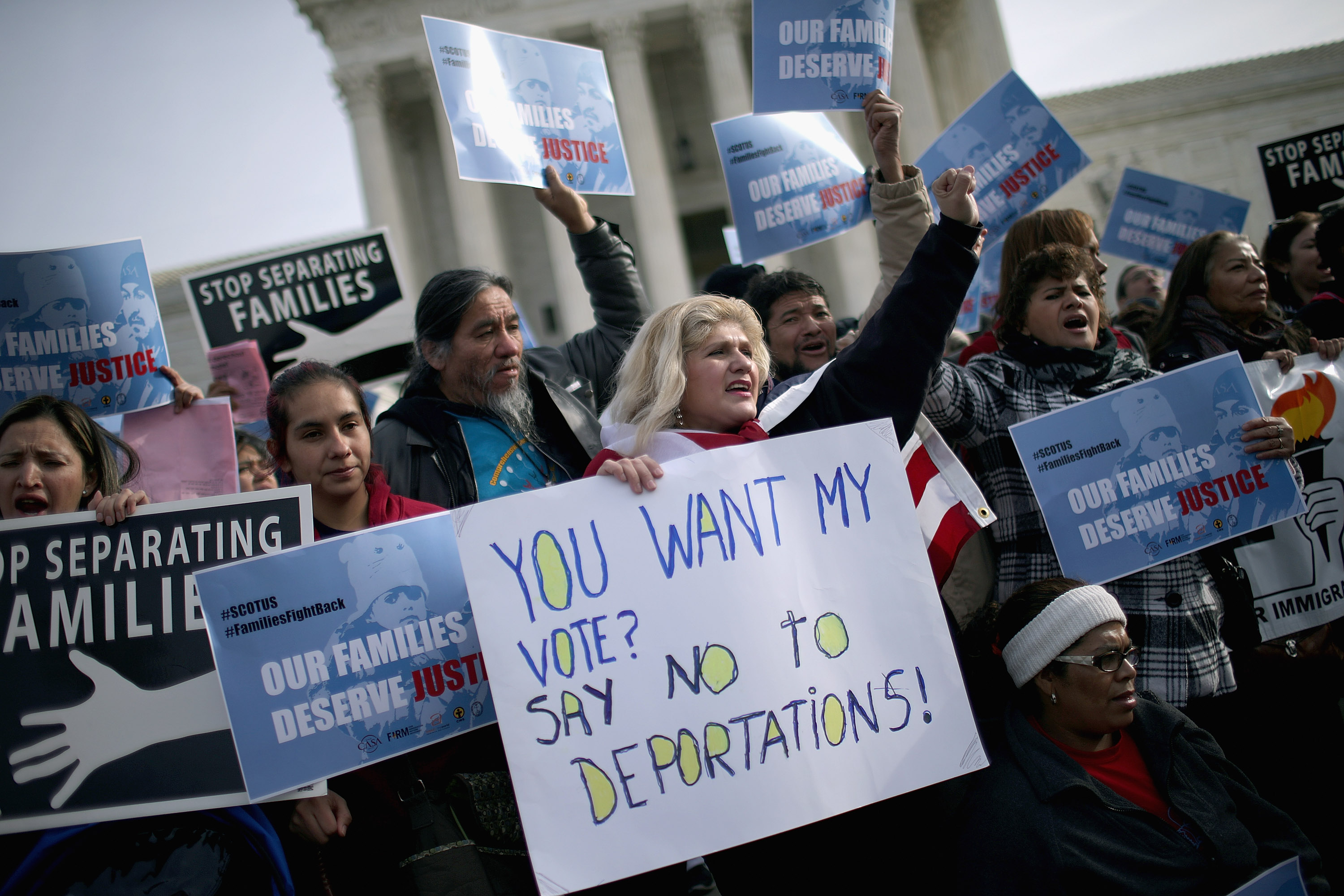 Pro-immigration demonstrators rally outside the Supreme Court on January 15, 2016. (Chip Somodevilla/Getty Images)