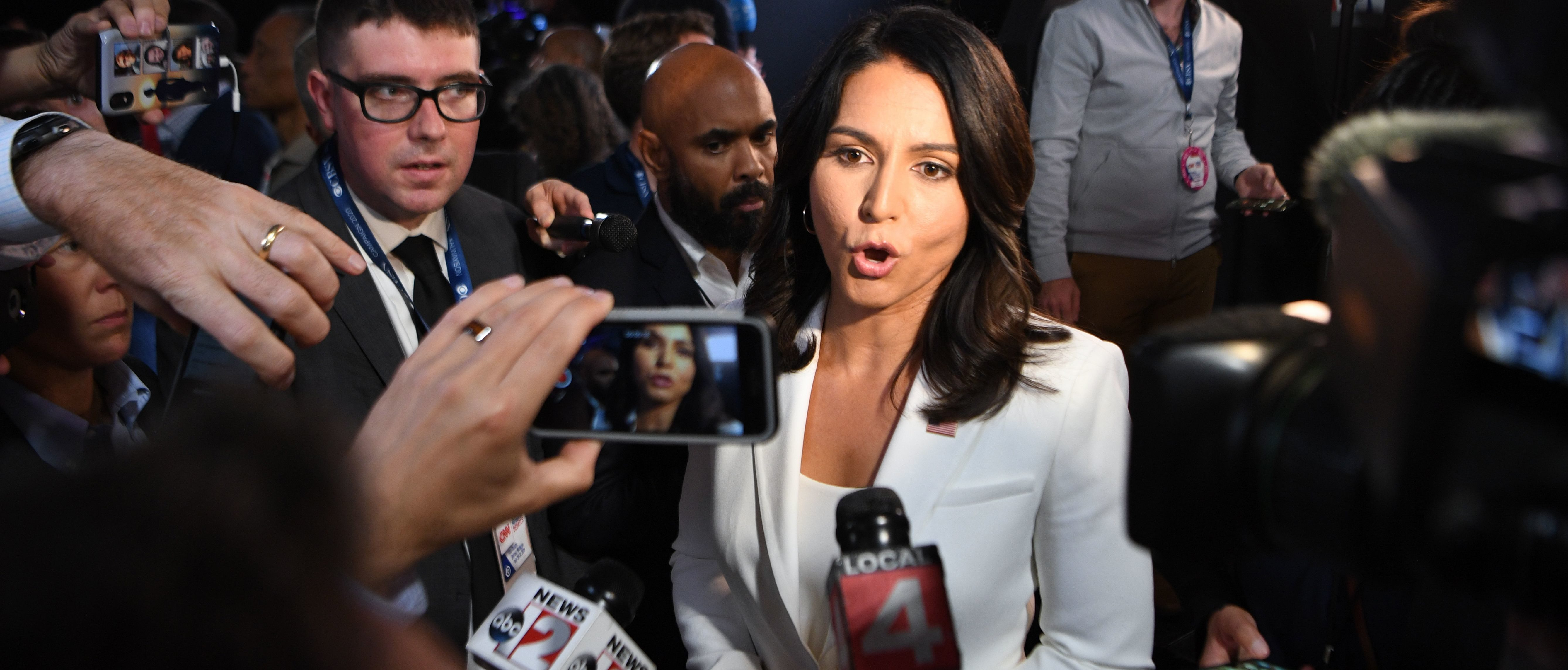 Here Are The Democrats Who Have Defended Tulsi Gabbard Following Hillary's Russian Barbs