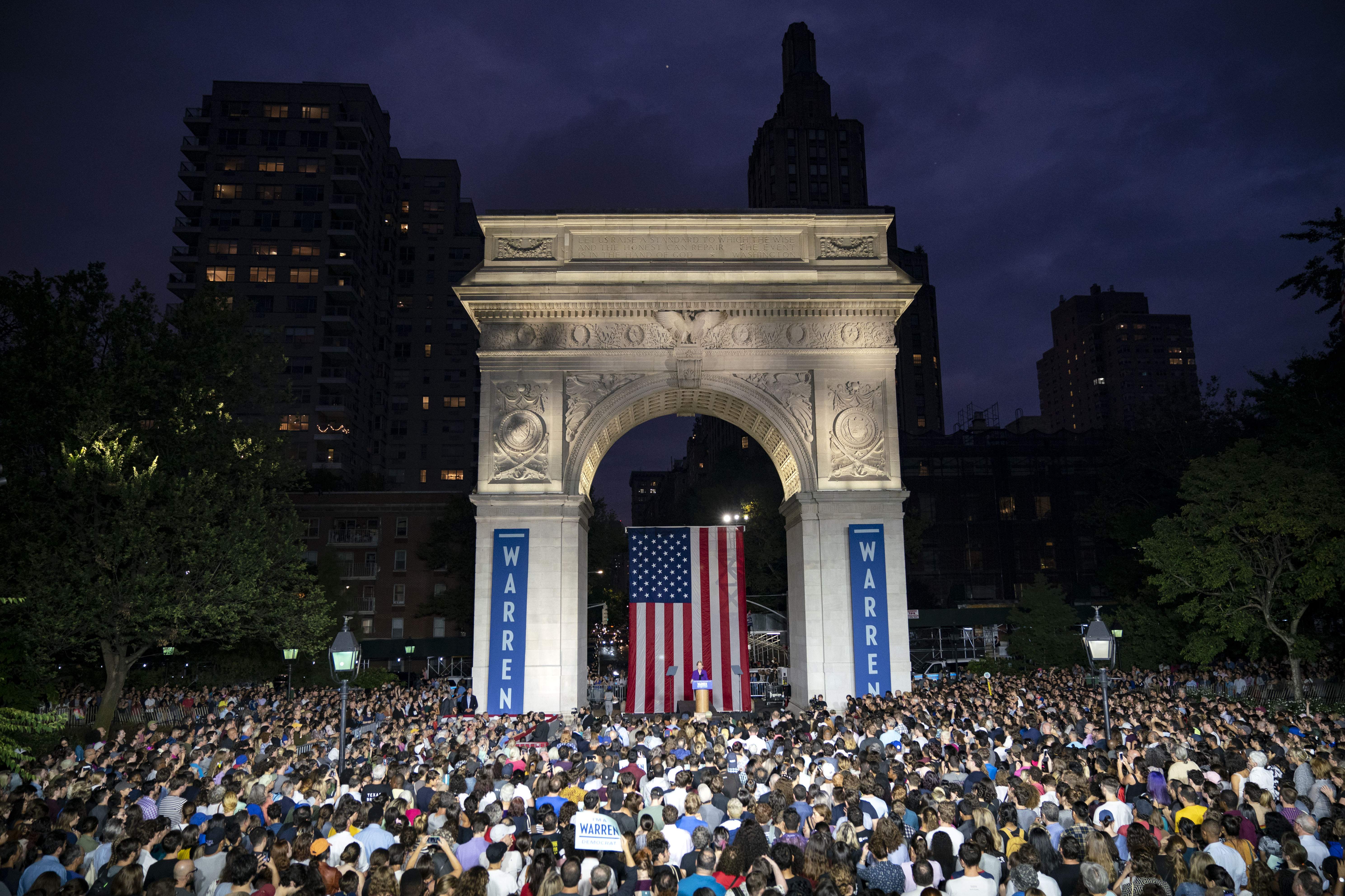 NEW YORK, NY - SEPTEMBER 16: 2020 Democratic presidential candidate Sen. Elizabeth Warren (D-MA) speaks during a rally in Washington Square Park on September 16, 2019 in New York City. Warren unveiled a sweeping anti-corruption plan earlier on Monday. (Photo by Drew Angerer/Getty Images)