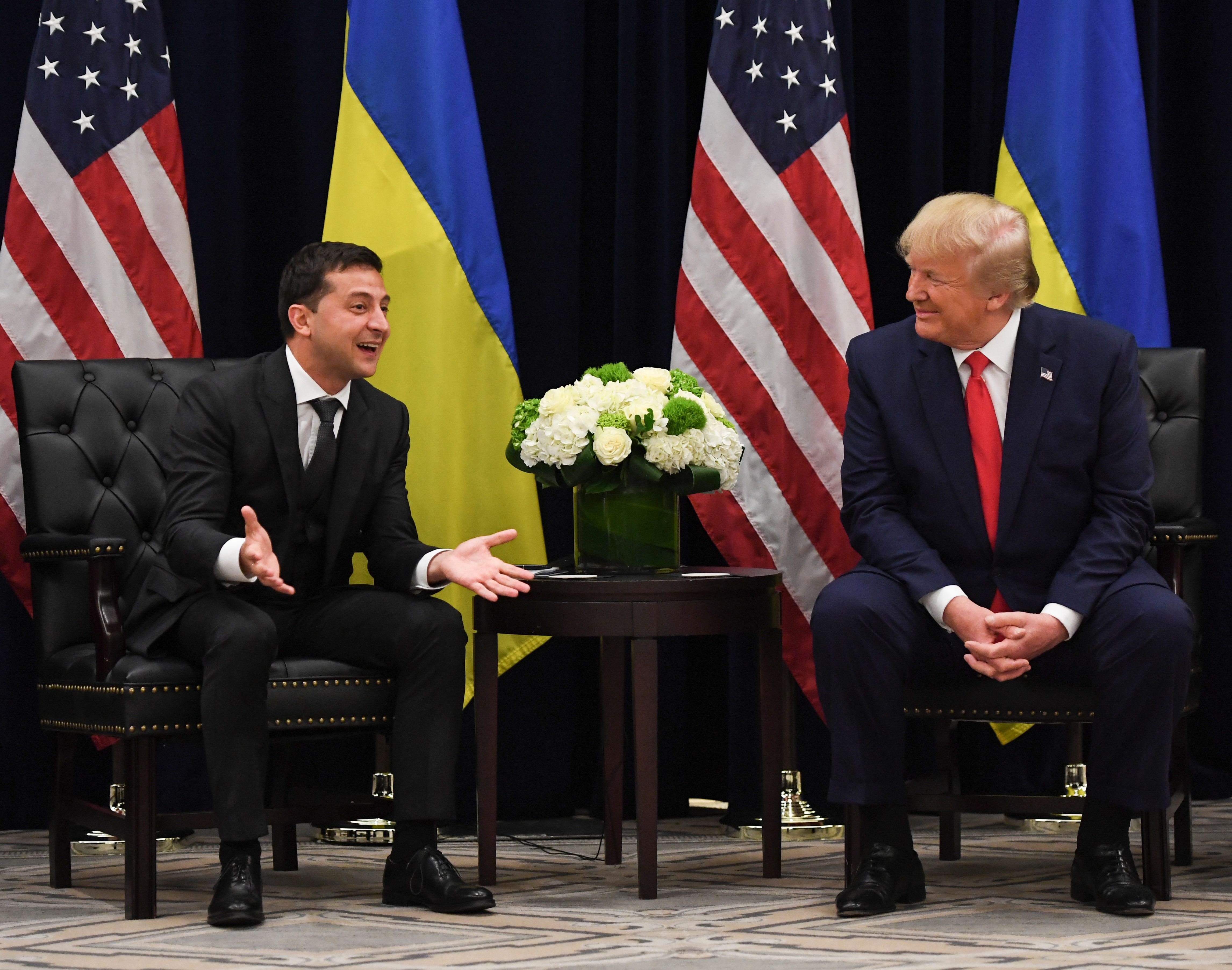 US President Donald Trump and Ukrainian President Volodymyr Zelensky speak during a meeting in New York on September 25, 2019, on the sidelines of the United Nations General Assembly. (Photo: SAUL LOEB/AFP/Getty Images)