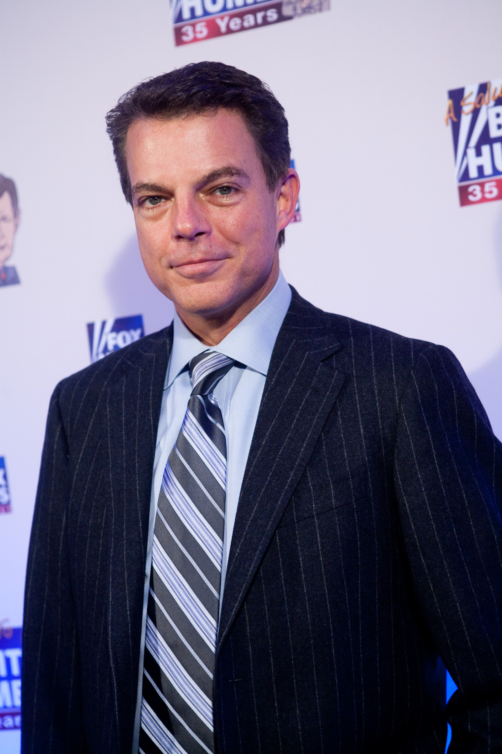 Former FOX News host Shepard Smith poses on the red carpet upon arrival at a salute to FOX News Channel's Brit Hume on January 8, 2009 in Washington, DC. (Brendan Hoffman/Getty Images)