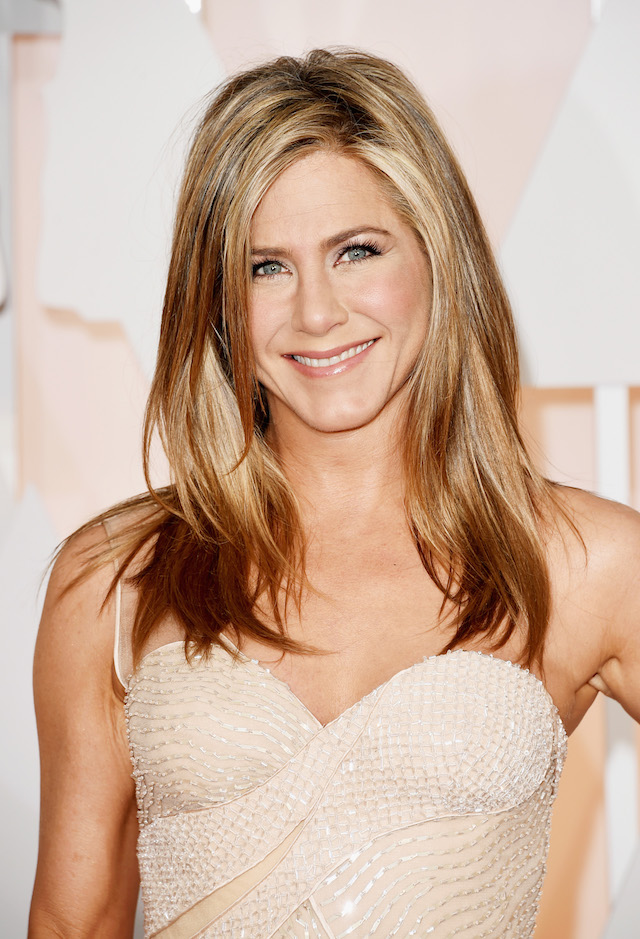 Actress Jennifer Aniston attends the 87th Annual Academy Awards at Hollywood & Highland Center on February 22, 2015 in Hollywood, California. (Photo by Jason Merritt/Getty Images)