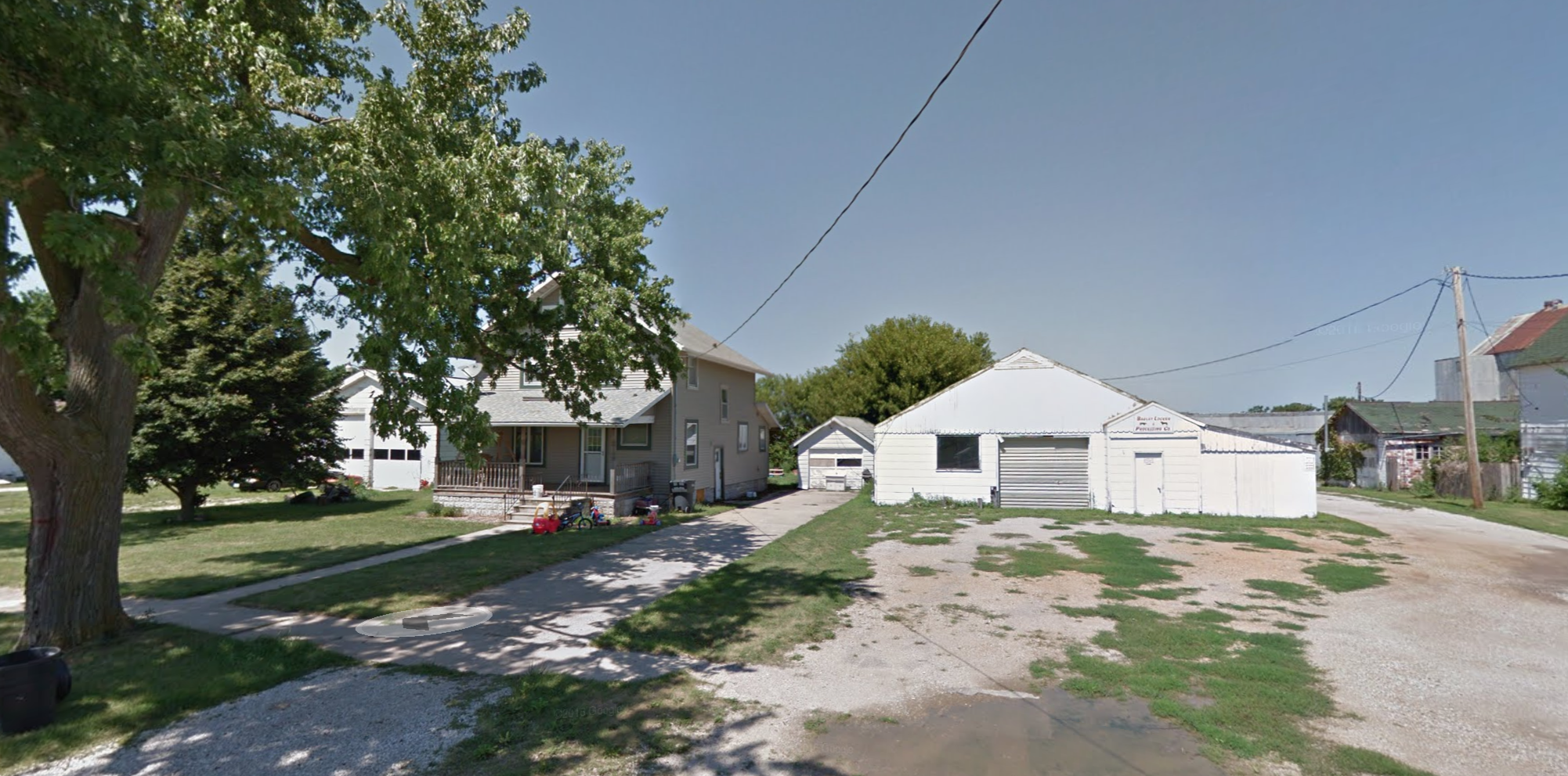 The Lestina household (left) is located directly adjacent to Dahl's locker (right). (Google Street View)
