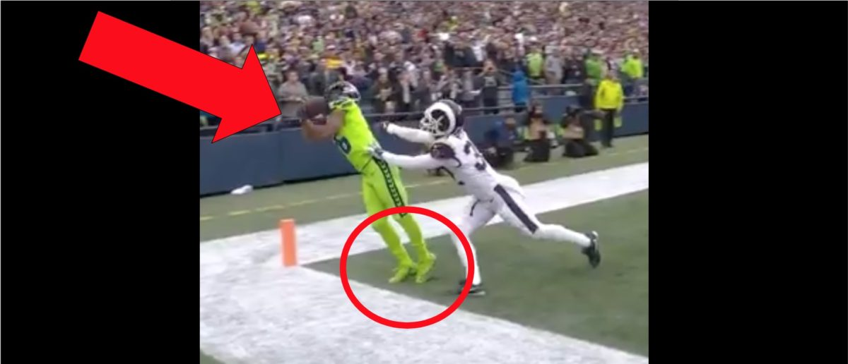 Tyler Lockett Makes Incredible Touchdown Catch Against The