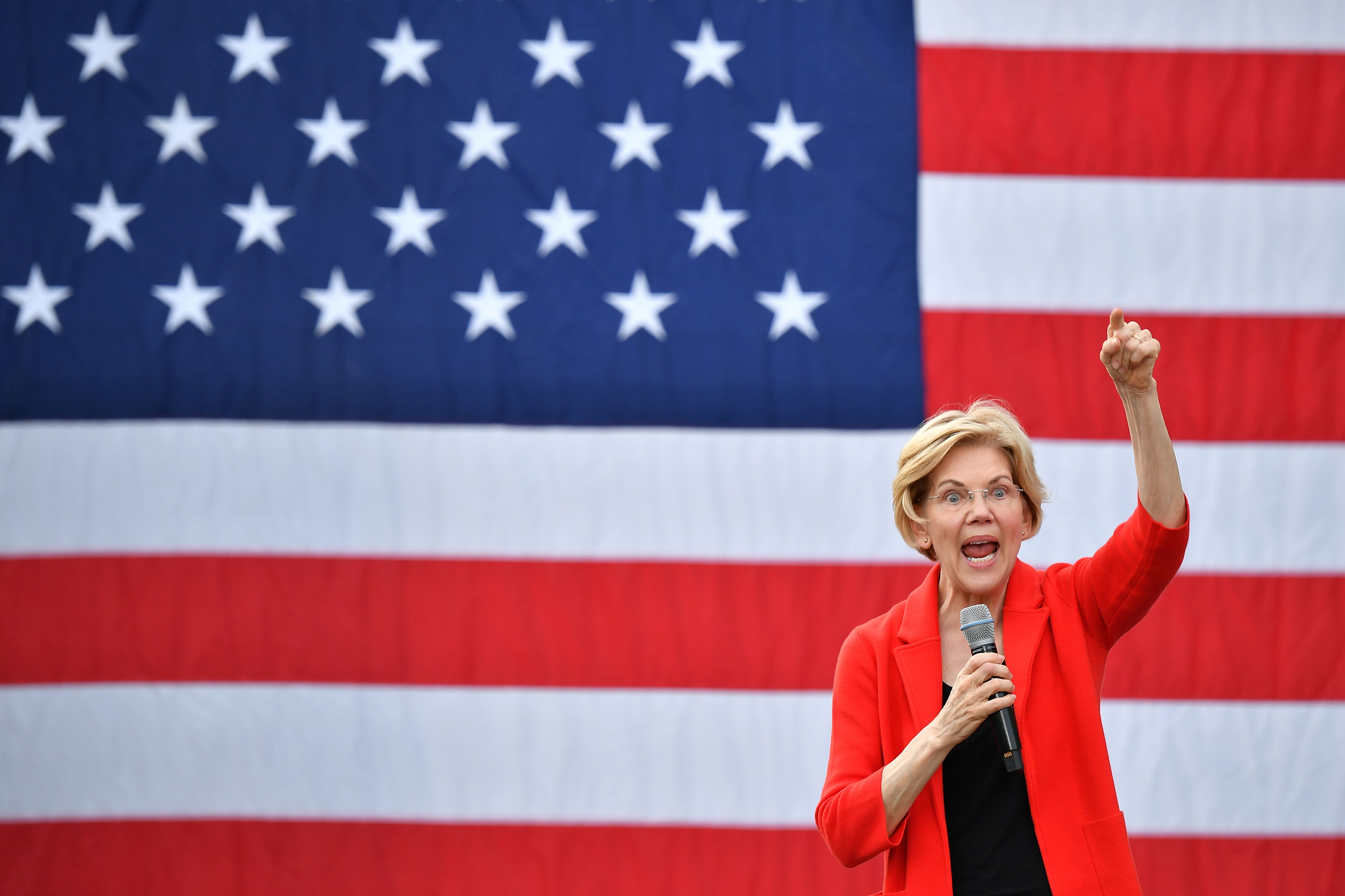 Democratic presidential candidate Elizabeth Warren gestures as she speaks during a campaign stop at George Mason University in Fairfax, Virginia on May 16, 2019. (Photo by MANDEL NGAN / AFP via Getty Images)