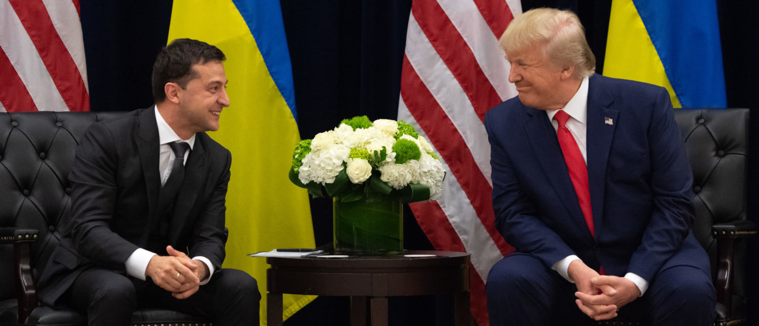 TOPSHOT - US President Donald Trump and Ukrainian President Volodymyr Zelensky speak during a meeting in New York on September 25, 2019, on the sidelines of the United Nations General Assembly. (Photo by SAUL LOEB/AFP via Getty Images)