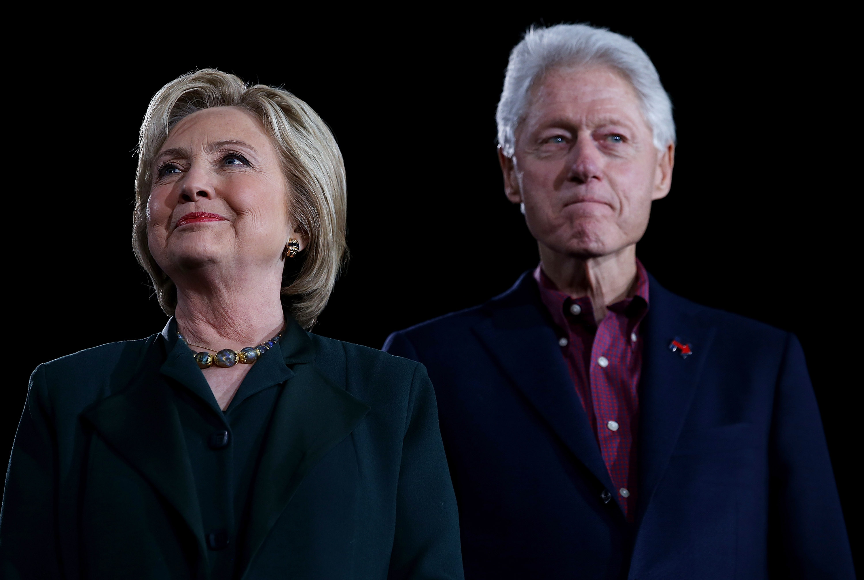 Former Secretary of State Hillary Clinton and her husband, former U.S. president Bill Clinton. (Justin Sullivan/Getty Images)