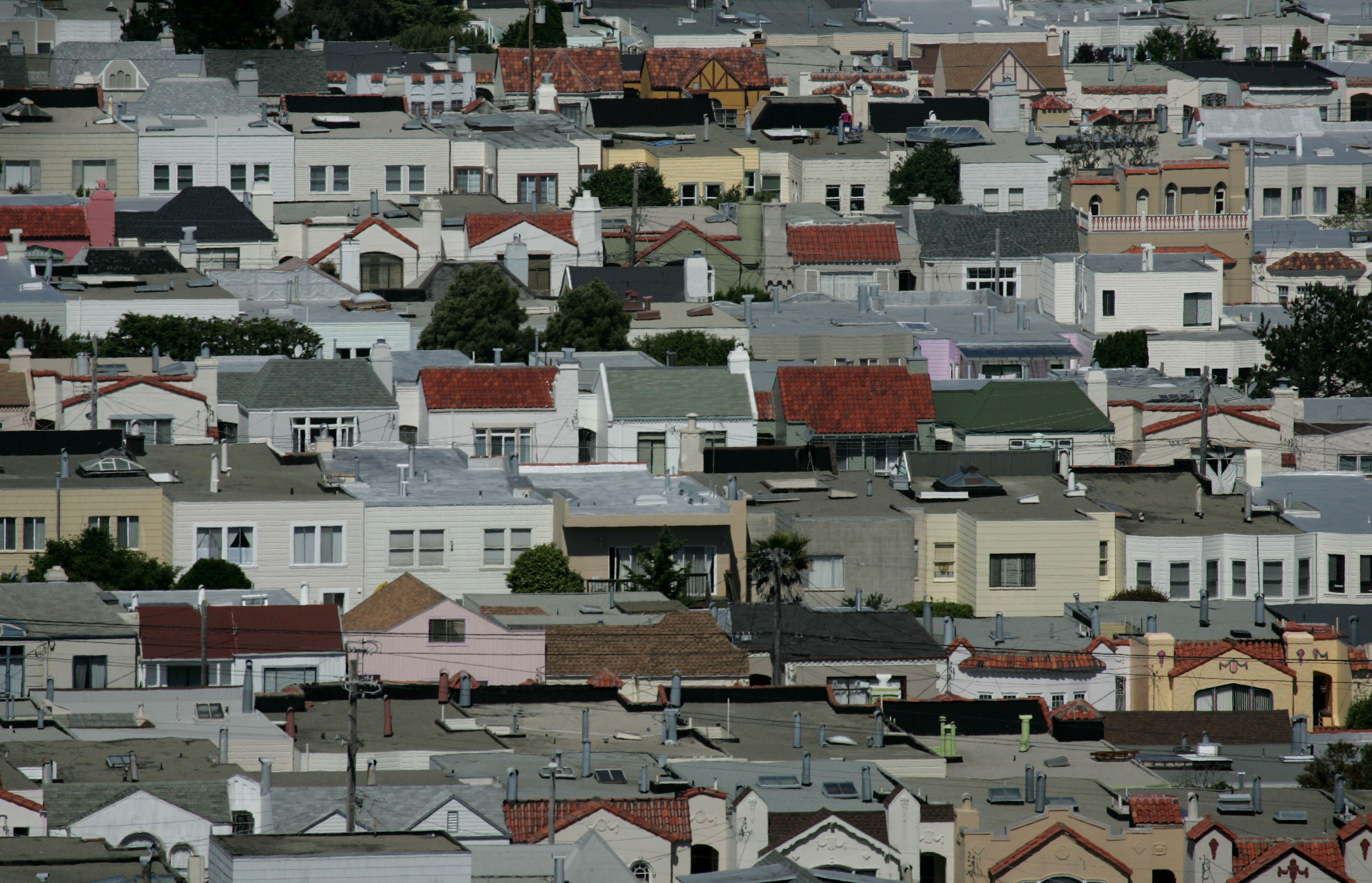 Rows of houses stand June 6, 2007 in San Francisco, California. (Photo by Justin Sullivan/Getty Images)