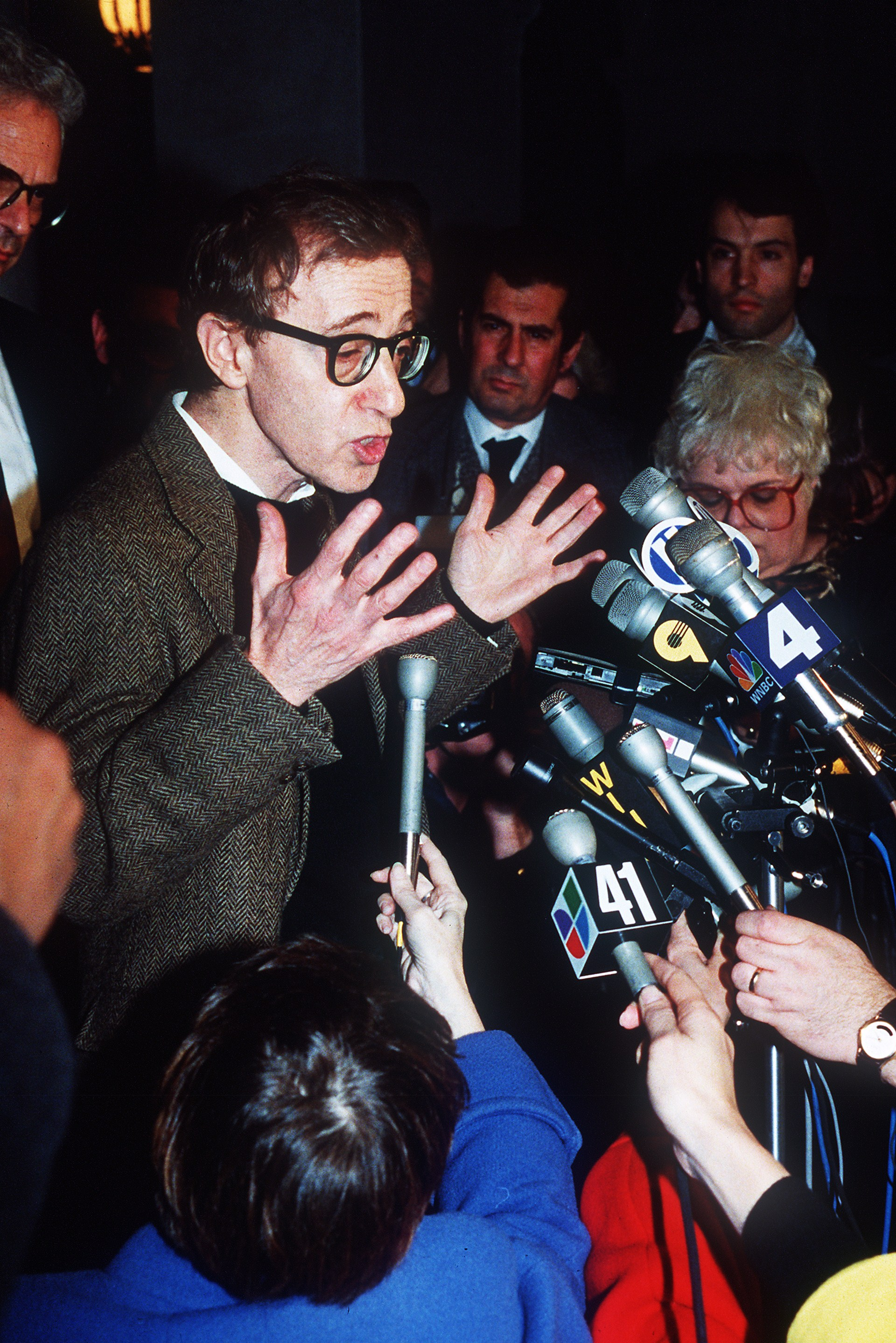 American actor and director Woody Allen speaks to the media, 15 December 1992 in New-York, after a pre-trial hearing in the custody fight with his wife, the American actress Mia Farrow, as his battle for the custody of their children continues. Woody Allen was cleared of allegations brought by Mia Farrow that he sexually abused their adopted daughter. Farrow's lawyers are asking that Allen not be allowed to contact his adopted daughter Dylan and not seek custody when his wife dies. (Photo: HAI DO/AFP via Getty Images)