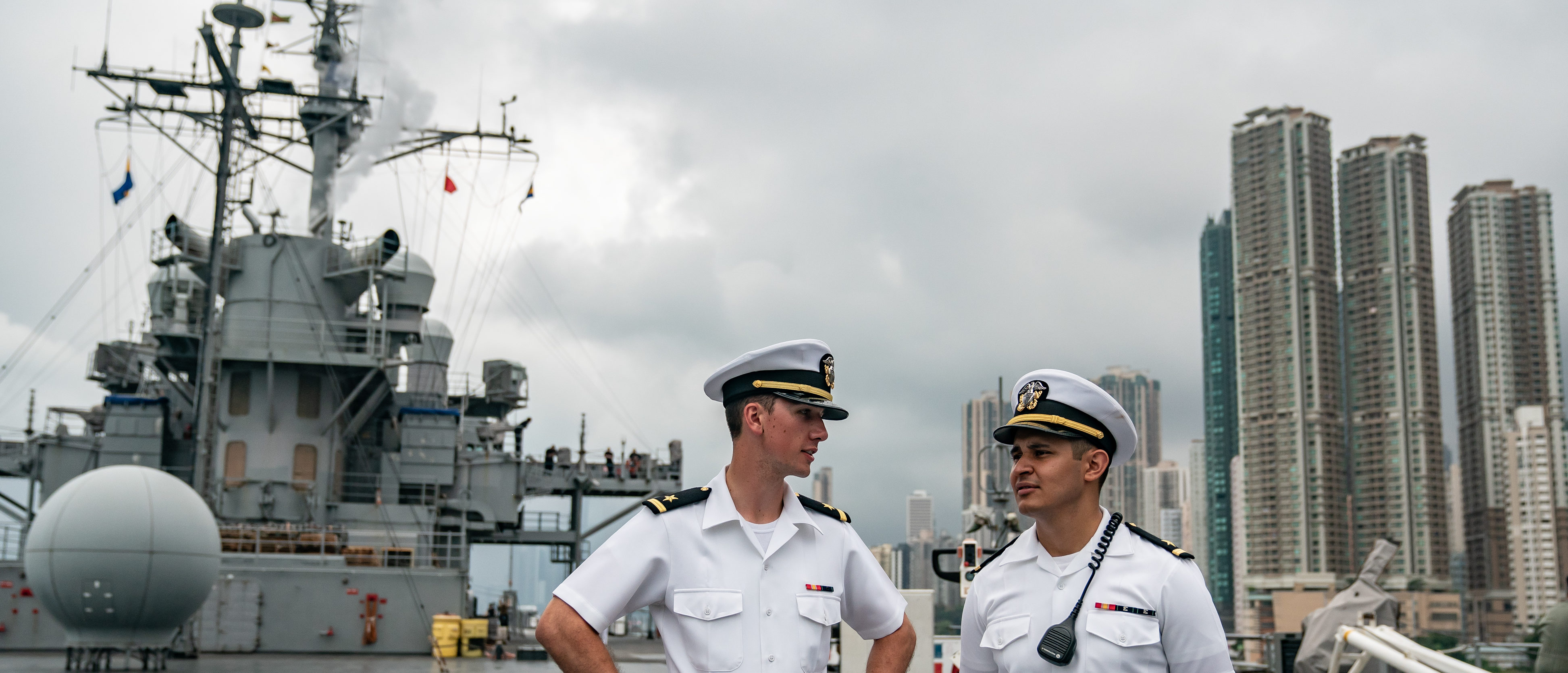 Navy crew members stand on deck of the USS Blue Ridge during a port call on April 20, 2019 in Hong Kong, China. (Anthony Kwan/Getty Images)