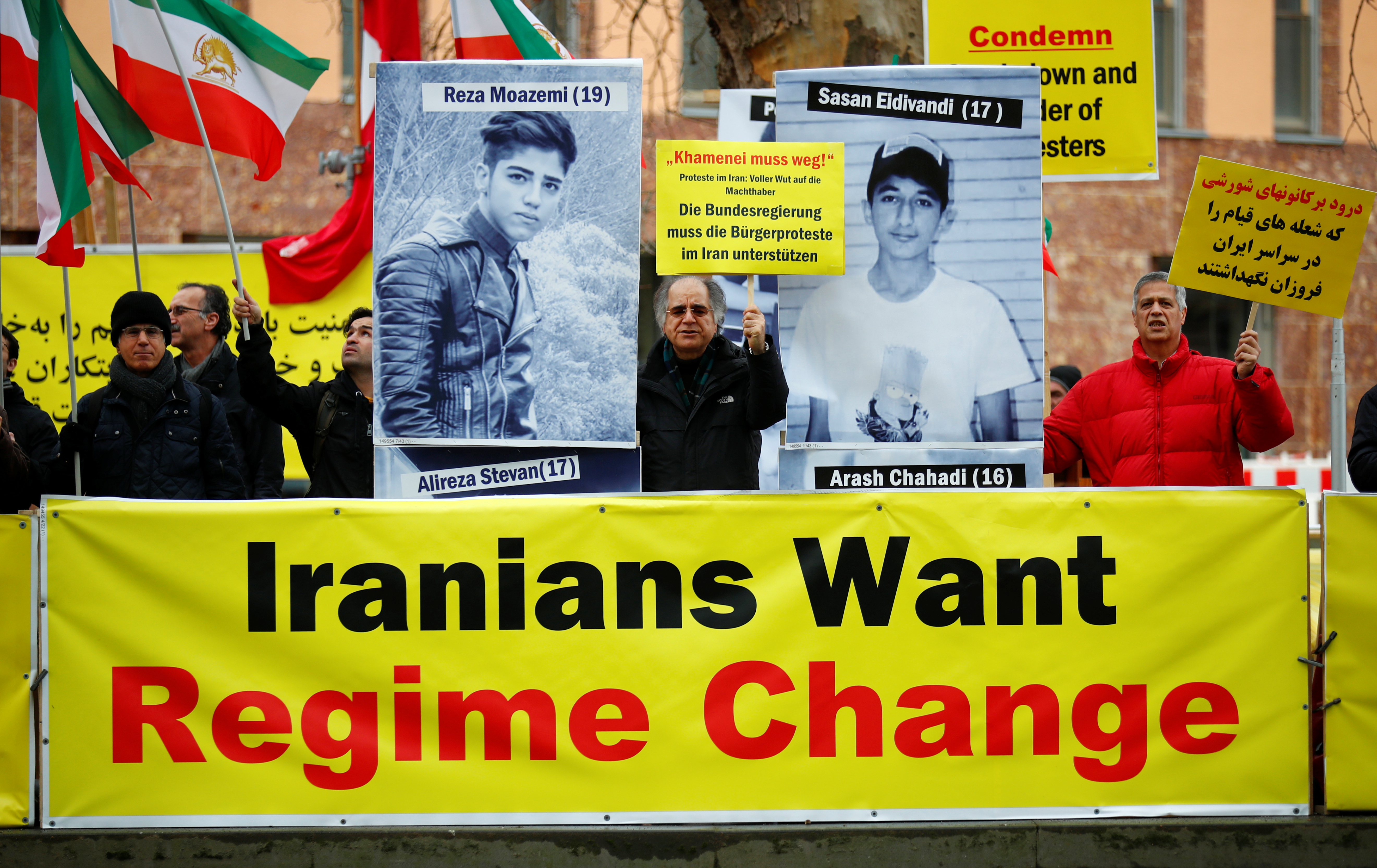 Activists protest against Iranian government in front of German Federal Foreign Office after a Ukrainian passenger plane crashed in Iran, in Berlin, Germany, January 13, 2020. REUTERS/Hannibal Hanschke