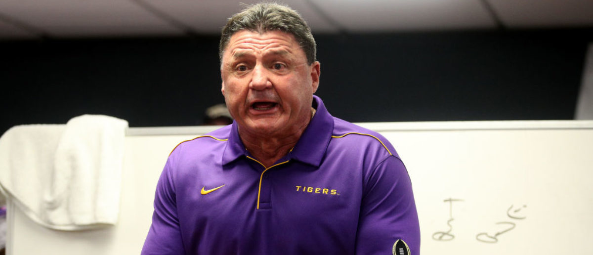 Reporter Who Didn't Speak English Approached LSU's Football Coach. What He Did Next Was Incredible