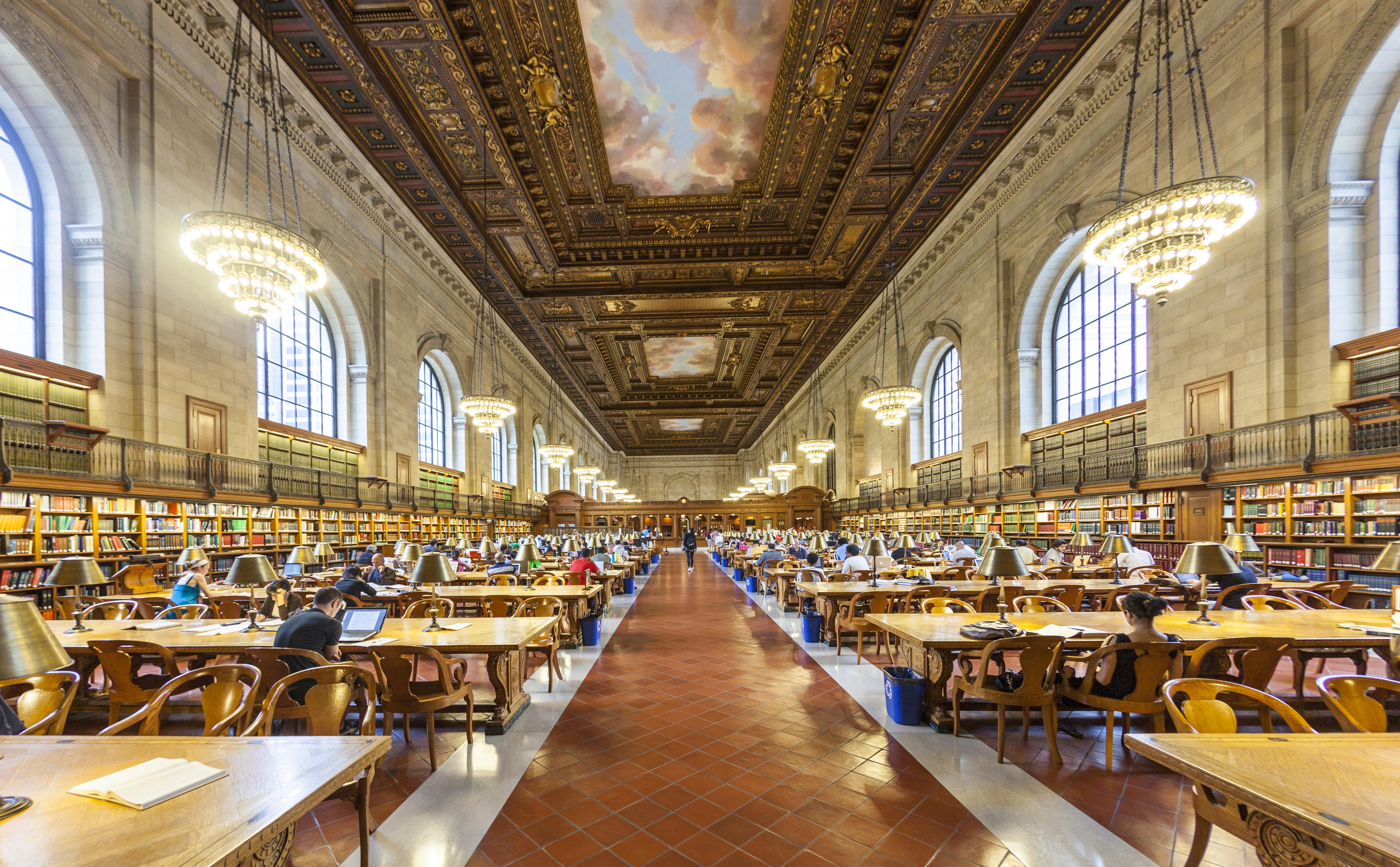 New York Public Library. Travelview, shutterstock