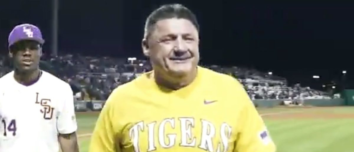 Ed Orgeron Gives Epic Hype Speech To The LSU Baseball Team