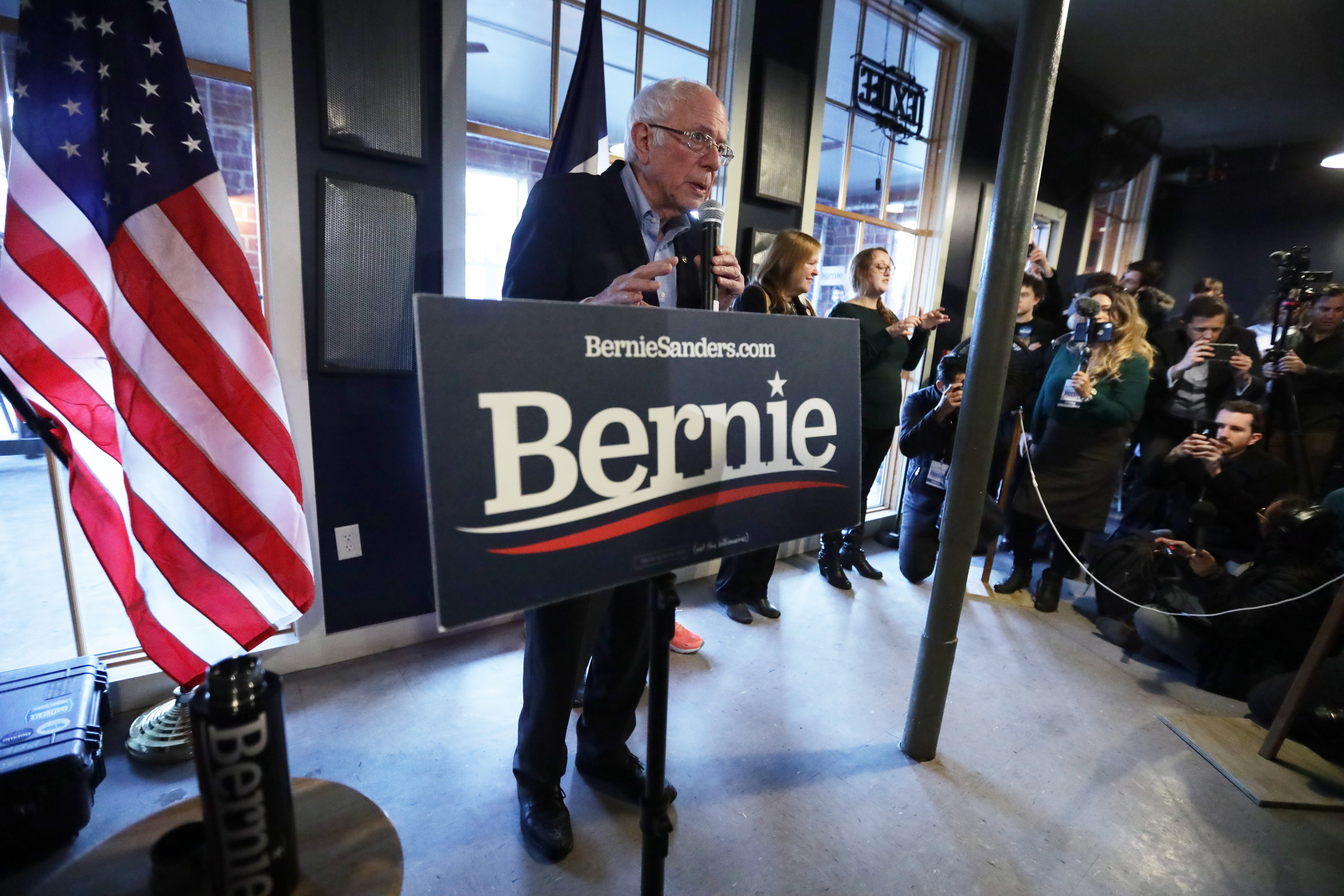 DES MOINES, - FEBRUARY 02: Democratic presidential candidate Sen. Bernie Sanders (I-VT) speaks during a campaign event at Ingersoll Tap February 2, 2020 in Des Moines, Iowa. The Iowa caucuses will be held on February 3. (Photo by Alex Wong/Getty Images)