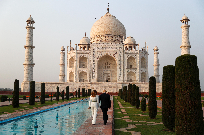 U.S. President Donald Trump and first lady Melania Trump tour the historic Taj Mahal, in Agra, India, February 24, 2020. (REUTERS/Al Drago)