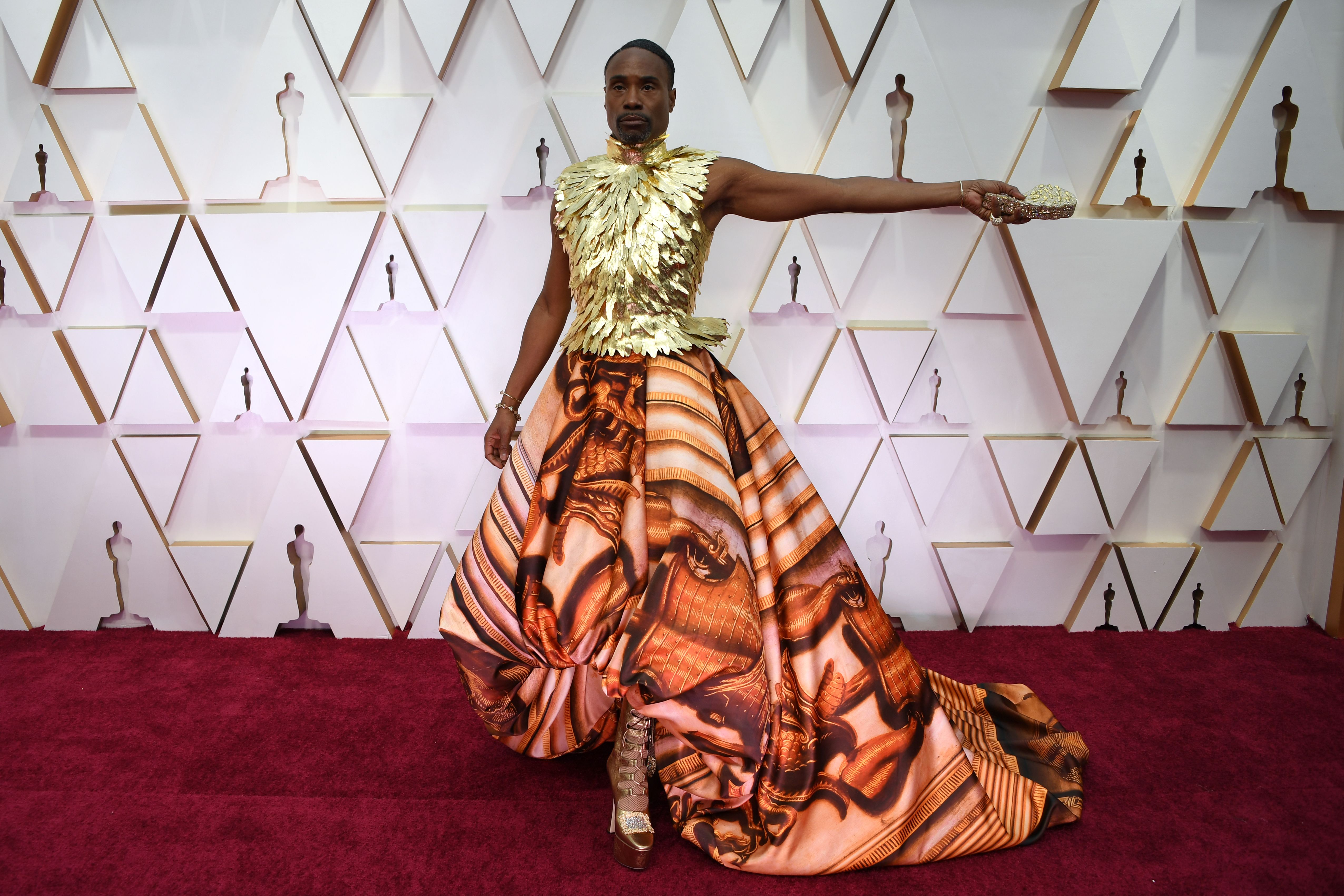 US actor Billy Porter arrives for the 92nd Oscars at the Dolby Theatre in Hollywood, California on February 9, 2020. (Photo by Robyn Beck / AFP) (Photo by ROBYN BECK/AFP via Getty Images)