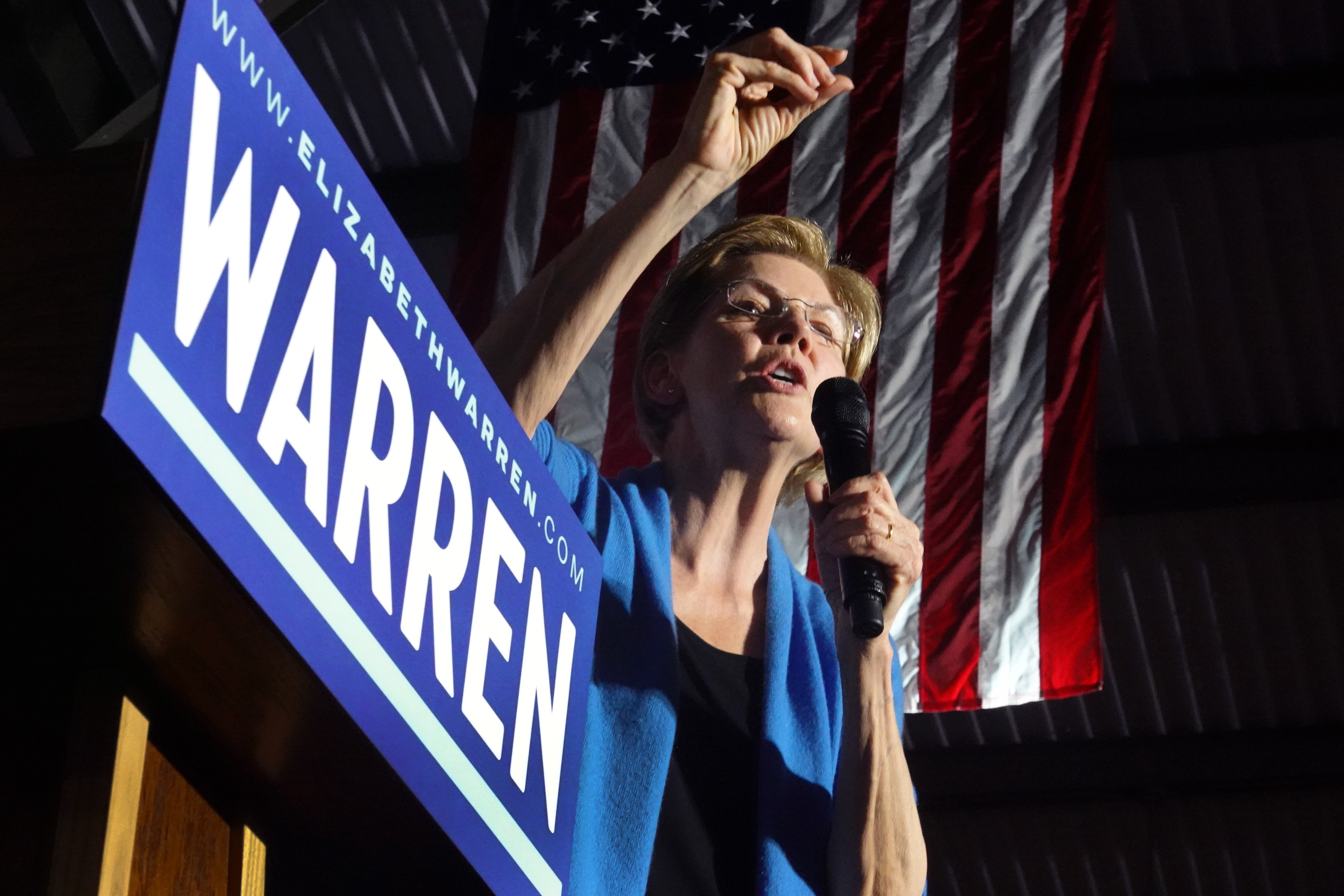 DETROIT, MICHIGAN - MARCH 03: Democratic presidential candidate Sen. Elizabeth Warren (D-MA) speaks to supporters during a rally at Eastern Market as Super Tuesday results continue to come in on March 03, 2020 in Detroit, Michigan. Voters in 14 states and American Samoa go to the polls today. (Photo by Scott Olson/Getty Images)