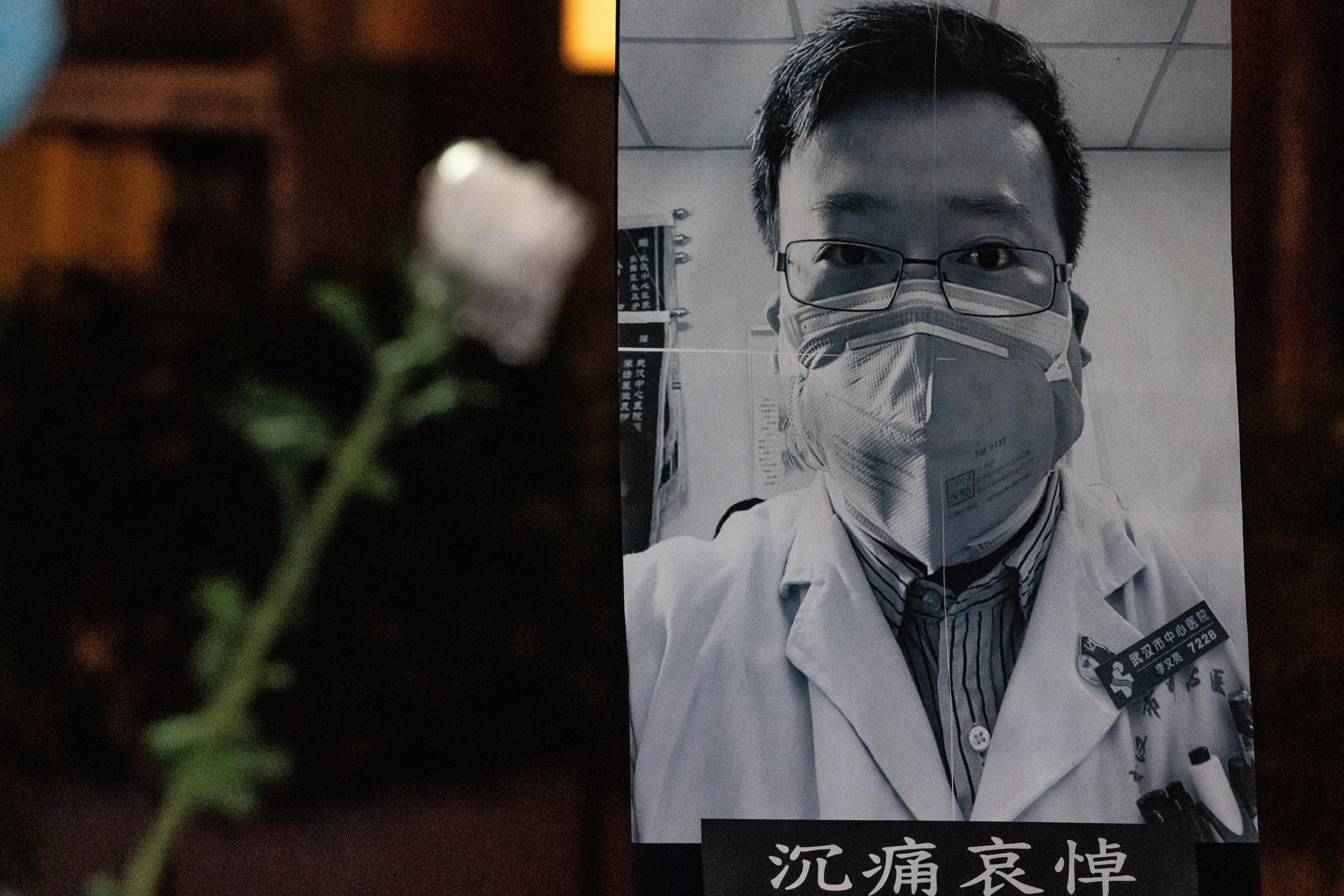 People attend a vigil to mourn for doctor Li Wenliang on February 7, 2020 in Hong Kong, China. (Photo by Anthony Kwan/Getty Images)