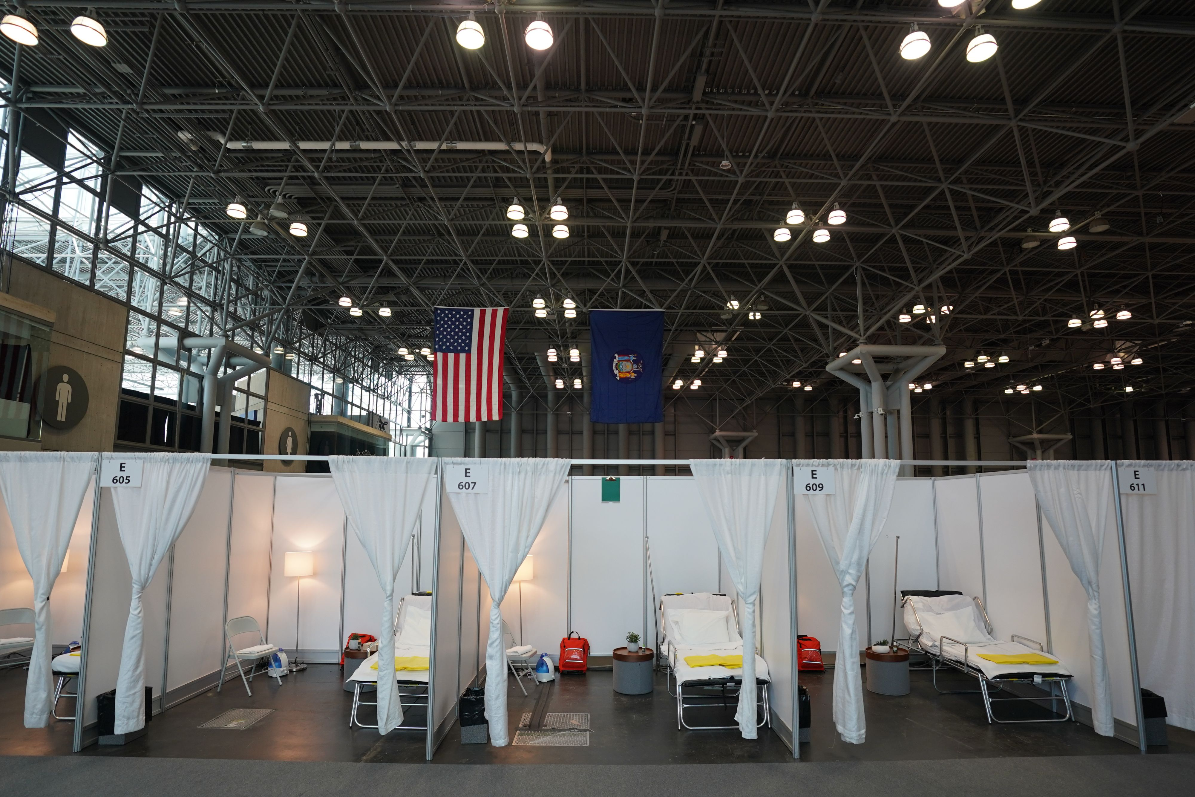 A temporary hospital is set up at the Jacob K. Javits Center on March 27, 2020 in New York. (Photo by BRYAN R. SMITH/AFP via Getty Images)