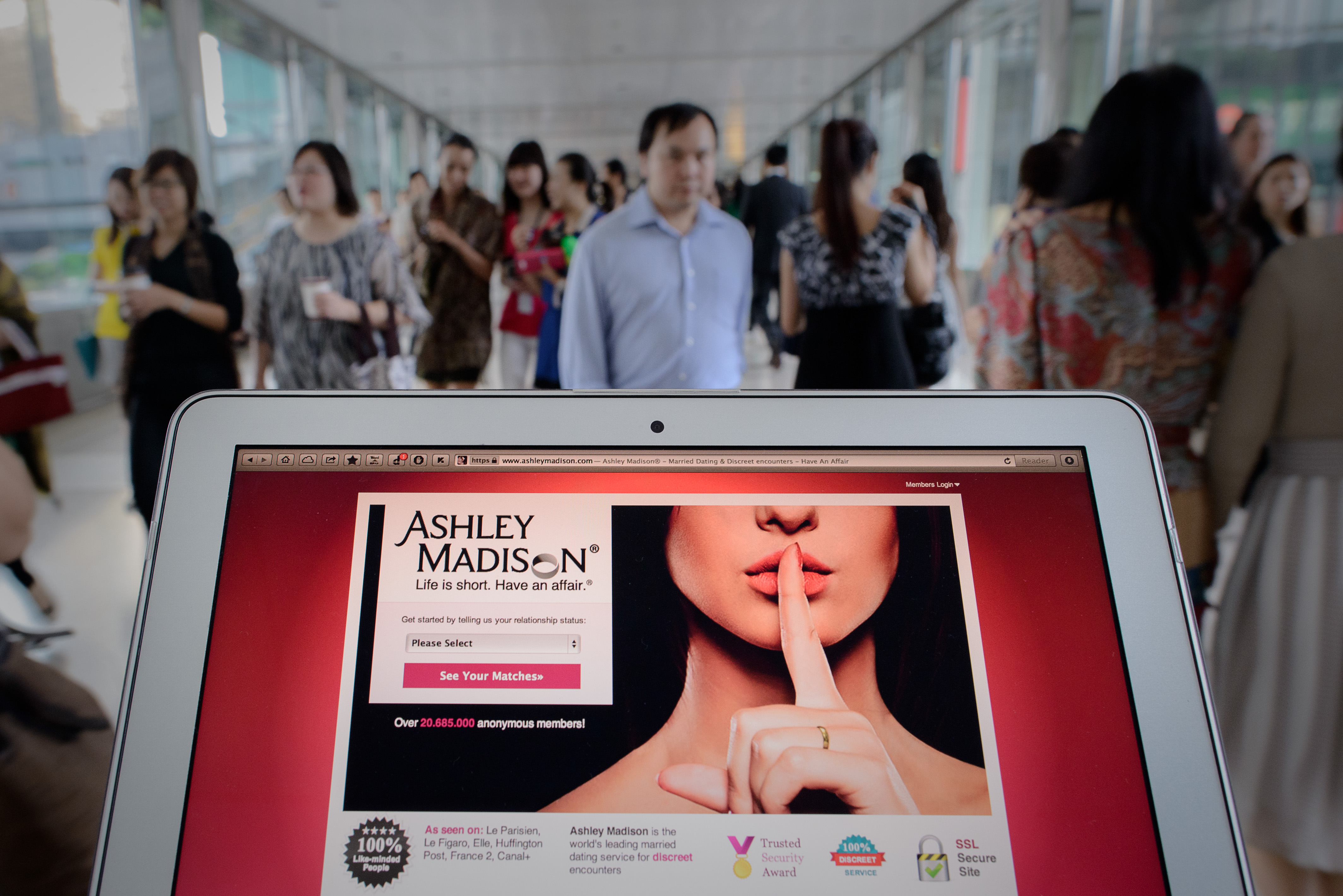 The Ashley Madison website. PHILIPPE LOPEZ/AFP via Getty Images)