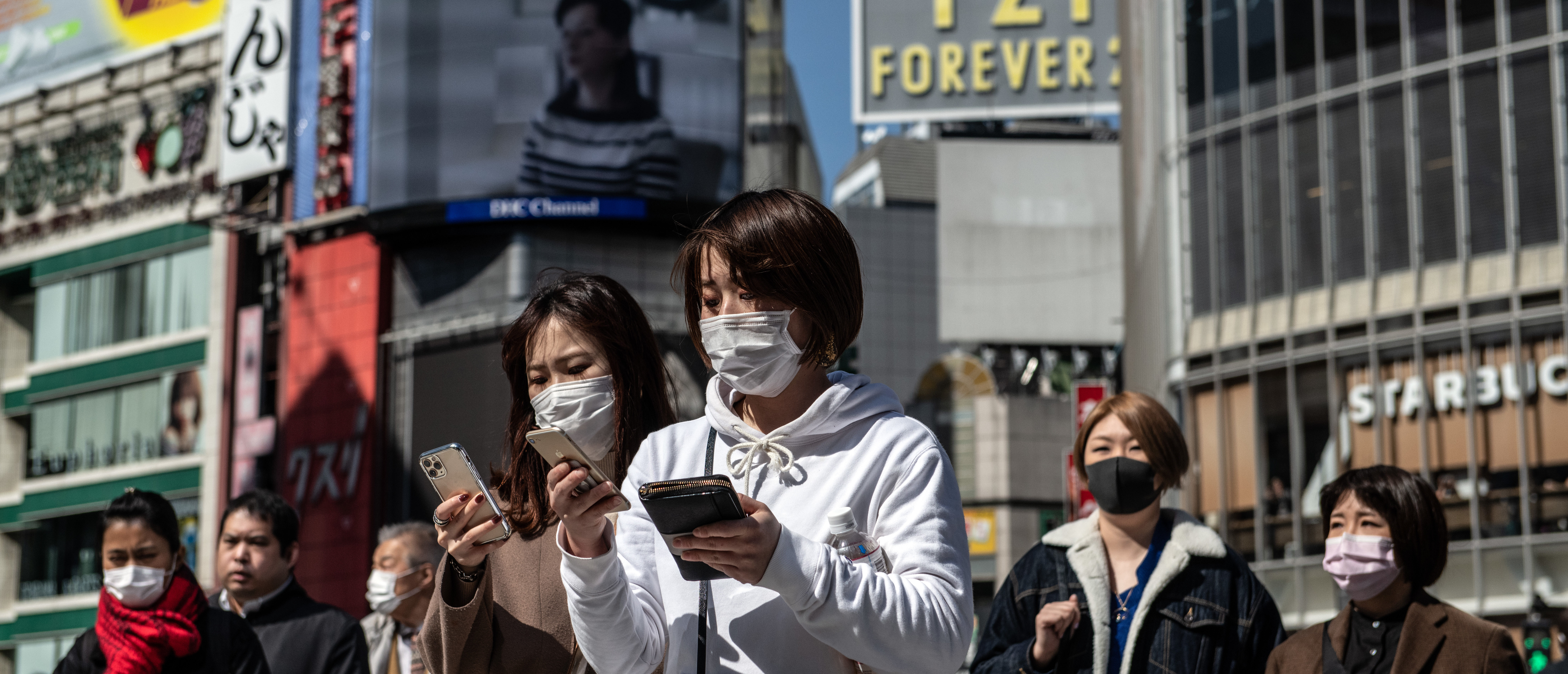 Students In LA County Will Have To Wear Face Masks At All Times Under New Plan For Reopening