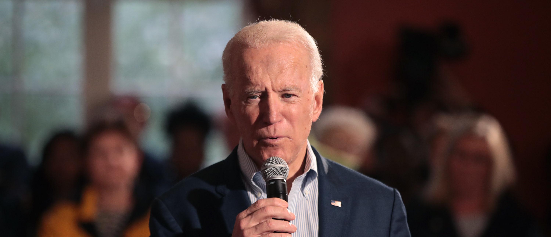 Former Ukrainian President And Biden Campaign Blame Russia...
