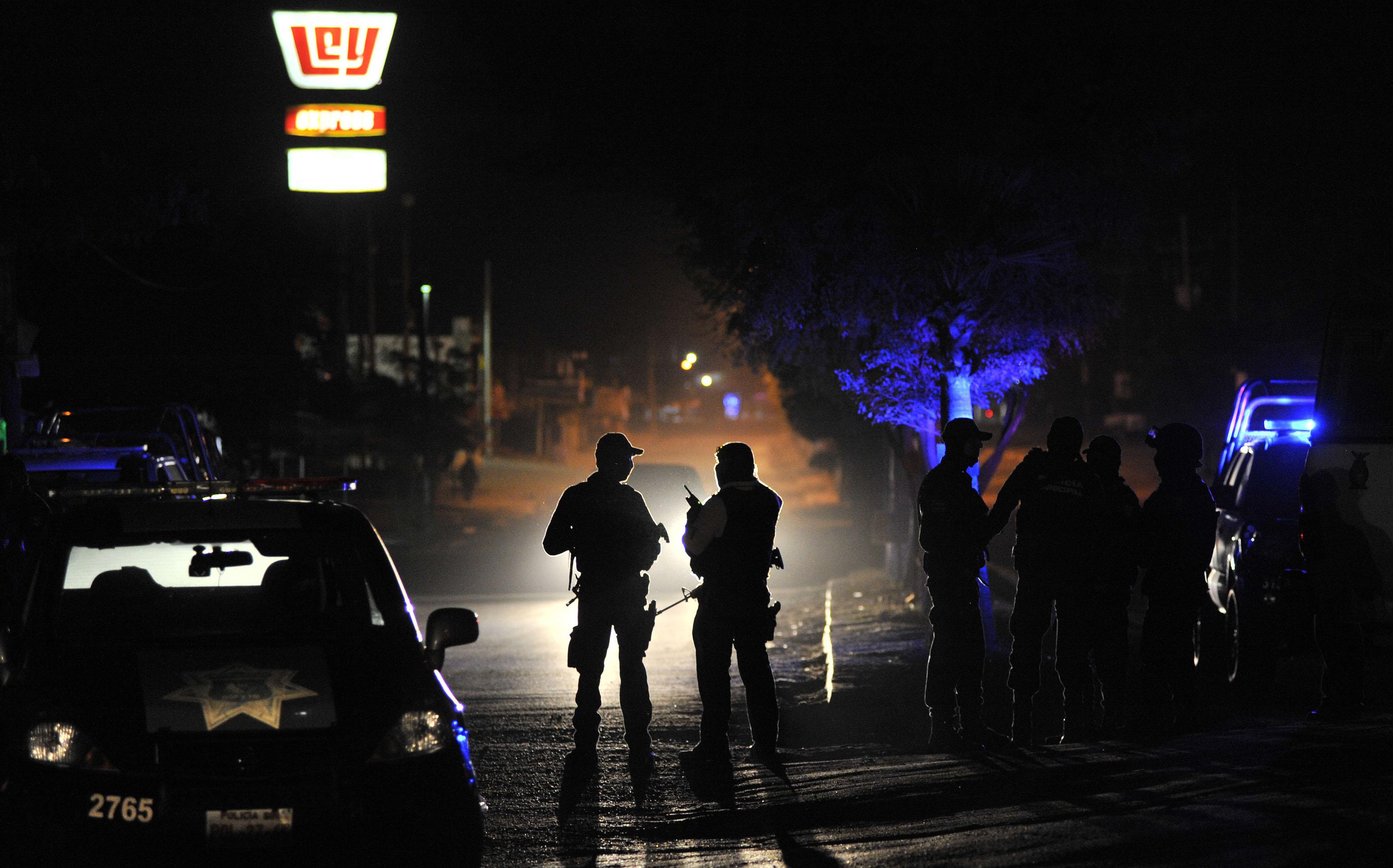 TOPSHOT-MEXICO-CRIME-SHOOTING-GANG
