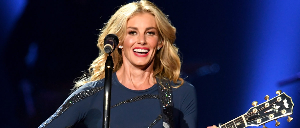 Country Star Faith Hill Urges Mississippi To Change State Flag