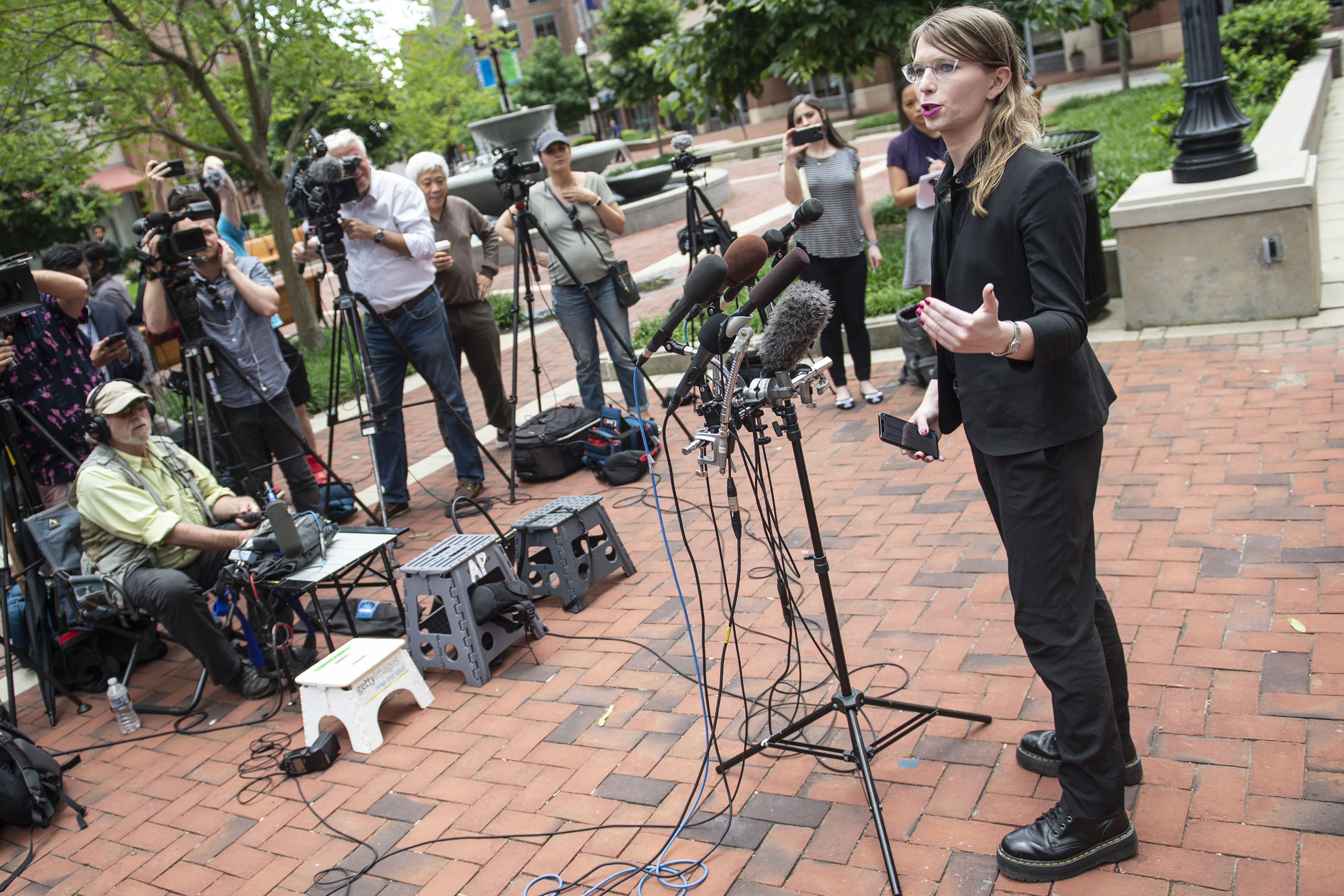 Former military intelligence analyst Chelsea Manning speaks to the press ahead of a Grand Jury appearance about WikiLeaks, in Alexandria, Virginia, on May 16, 2019. (Photo: Eric Baradat/AFP via Getty Images)